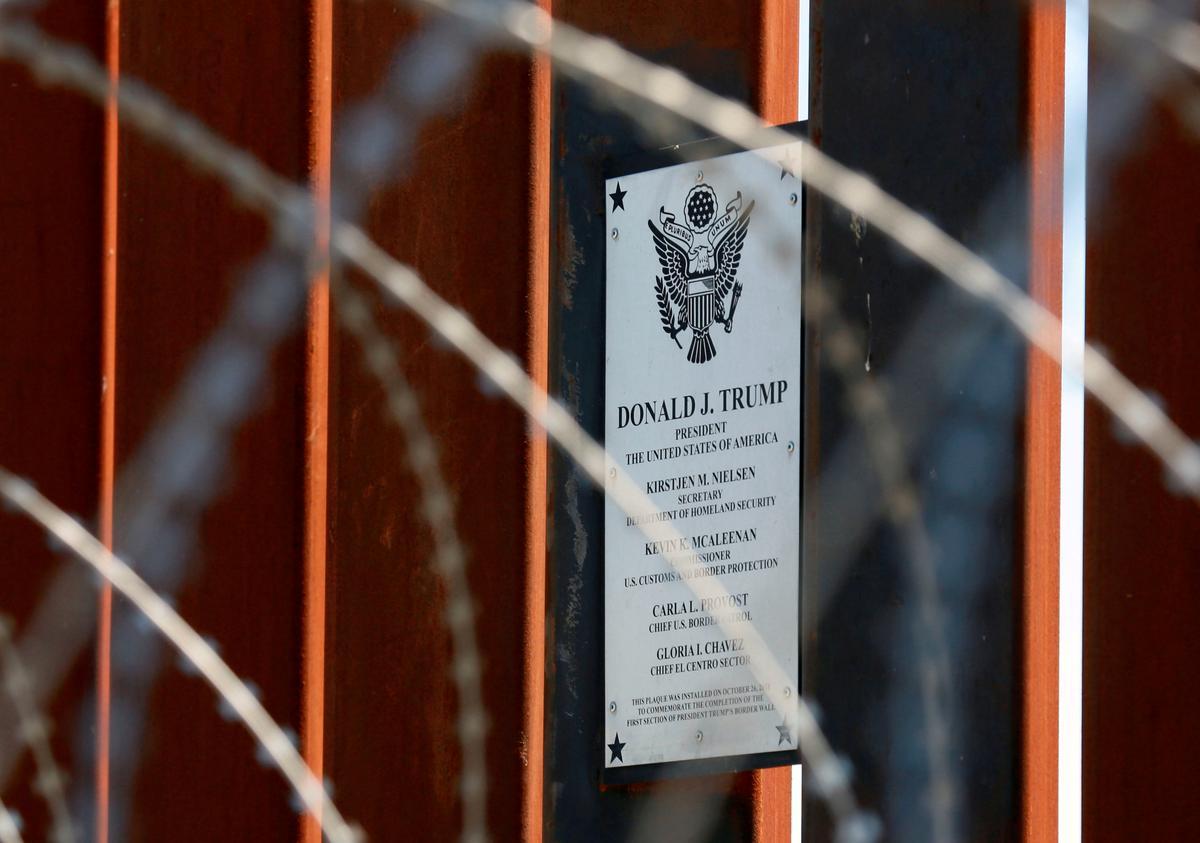 Die Amerikaanse hooggeregshof laat Trump toe om baie sentraal-Amerikaners asiel te weier