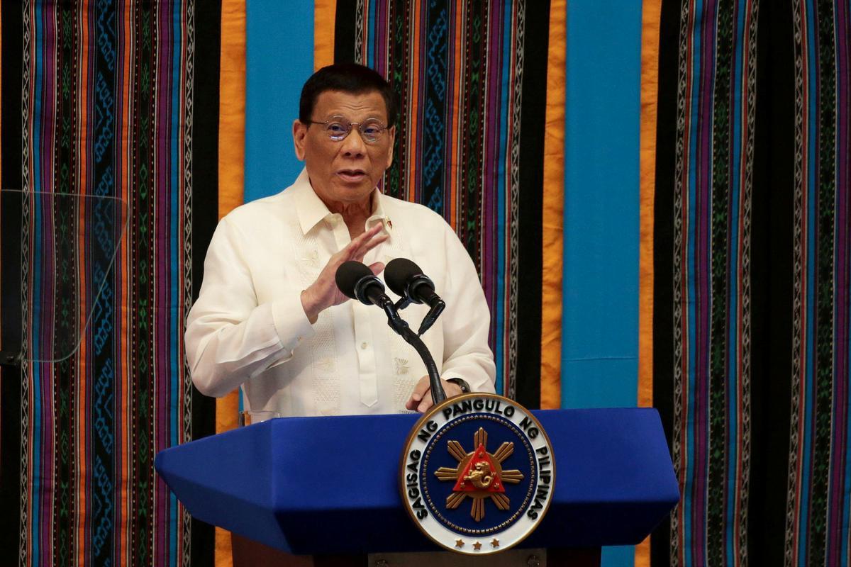 Duterte, Filippyne, sê Xi bied gasooreenkoms aan indien arbitrasiesaak geïgnoreer word