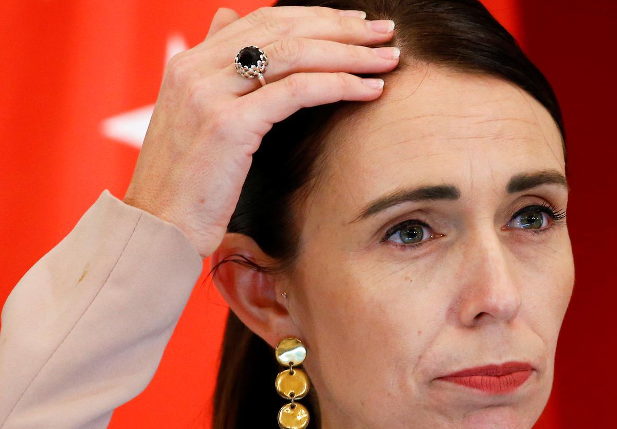 Nieu-Seeland se premier sal ondersoek instel na die party se hantering van klagtes oor seksuele aanranding