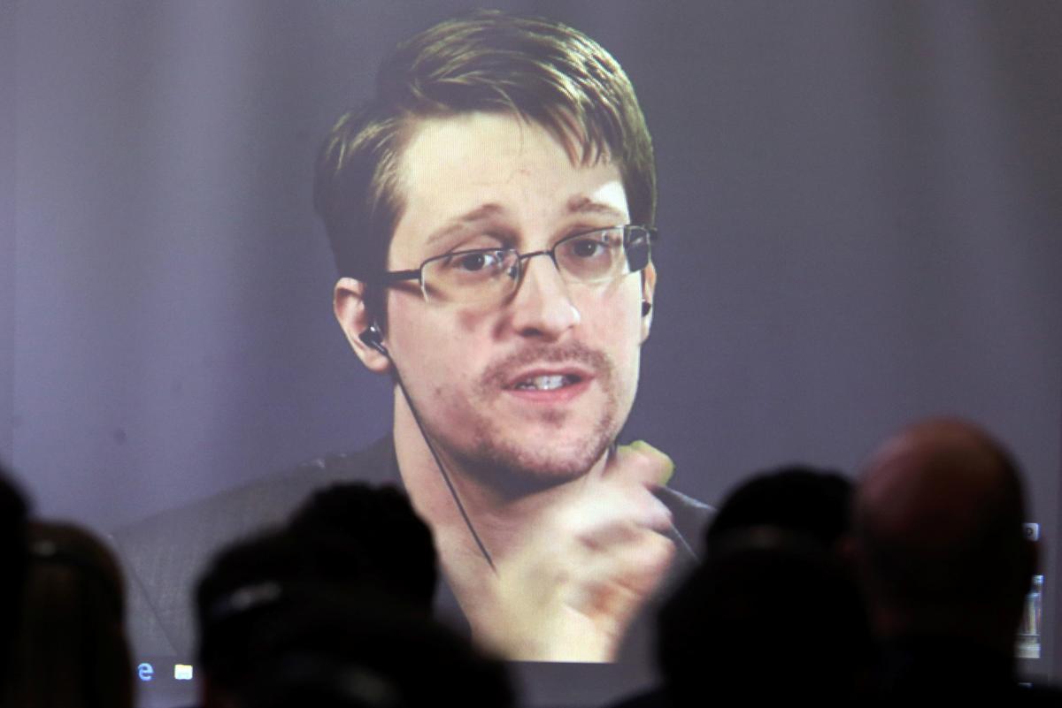 Fluitjieblaser Snowden: Ek wil graag asiel toegestaan word in Frankryk