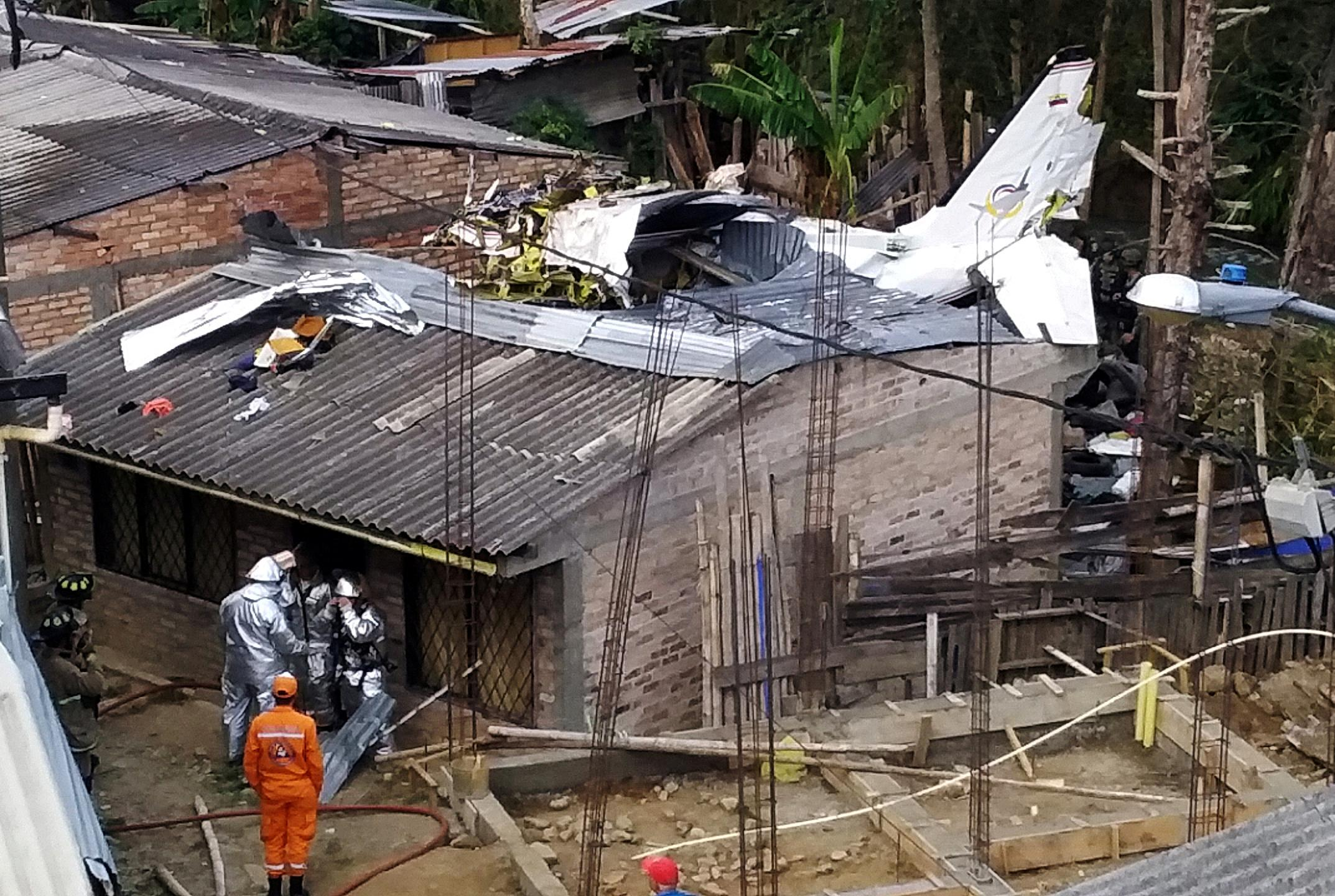 Colombia plane crash kills seven: authorities