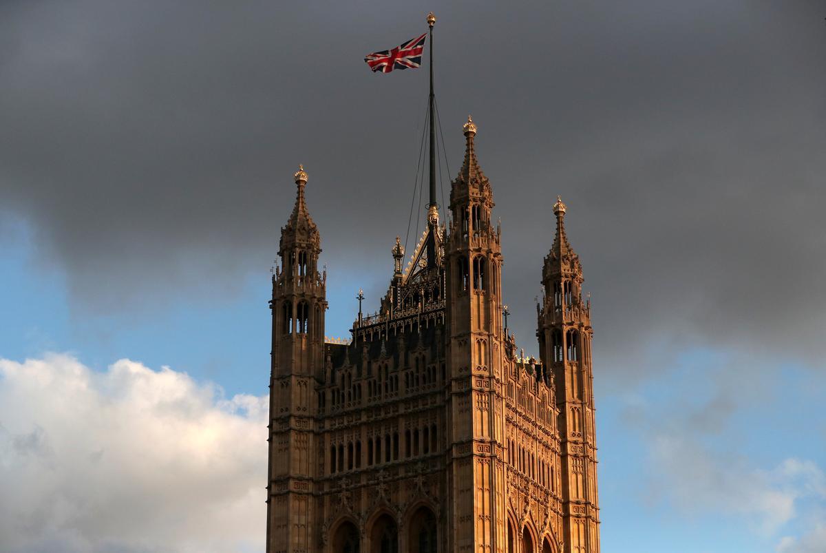 Die Britse hooggeregshof verhoor sake dat die skorsing van die premier van die parlement Johnson onwettig was