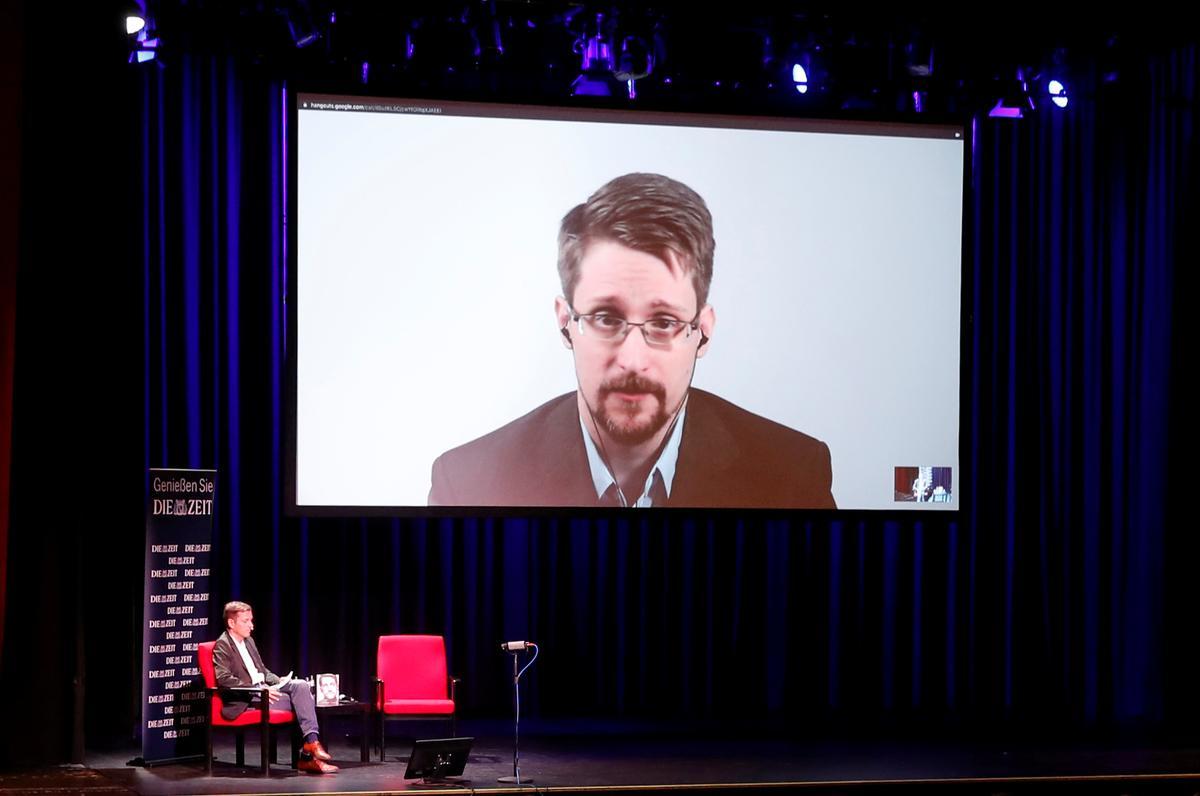 Die US wil beslag lê op alle geld wat Edward Snowden uit 'n nuwe boek maak