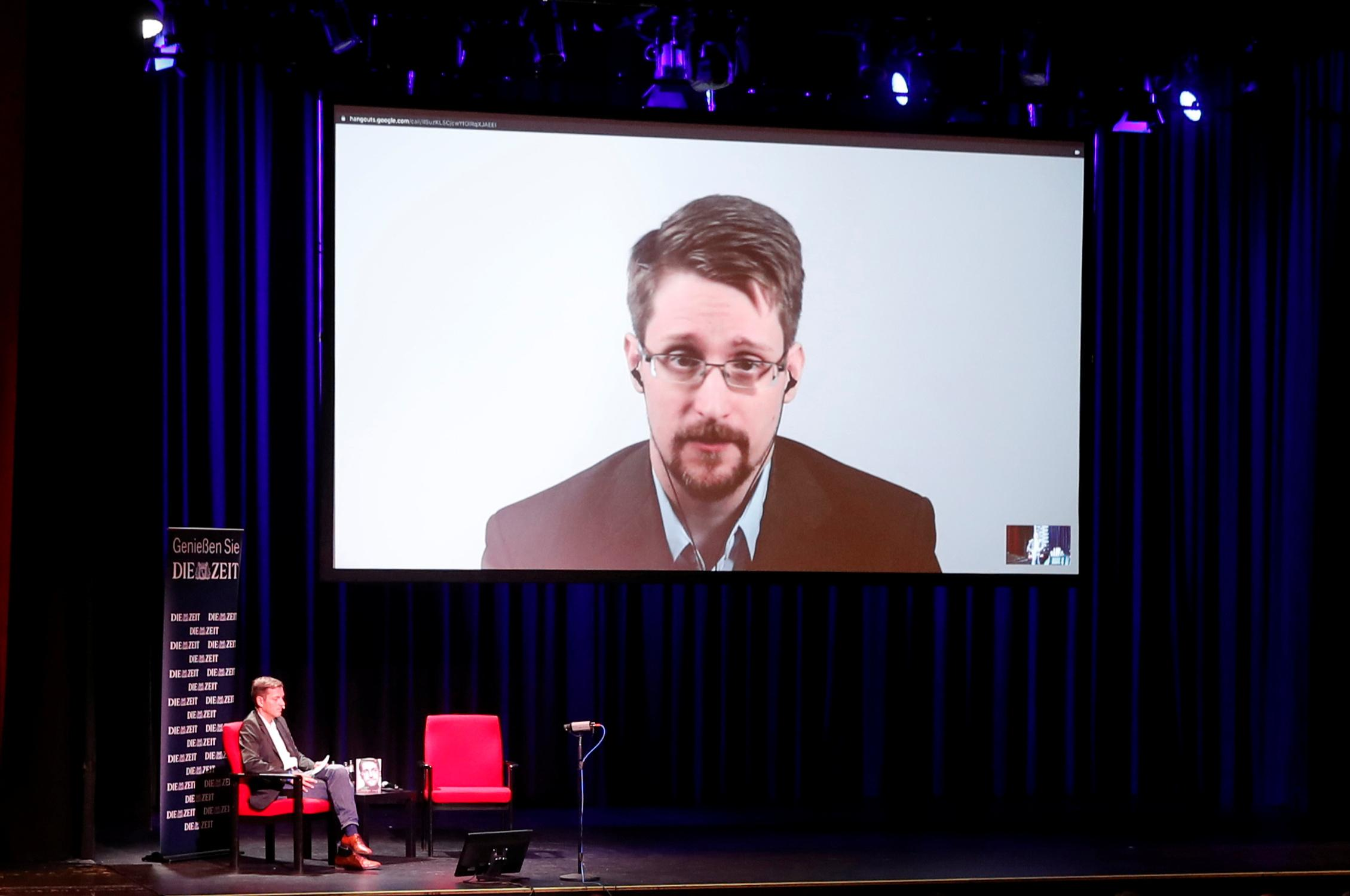 U.S. wants to seize all money Edward Snowden makes from new book
