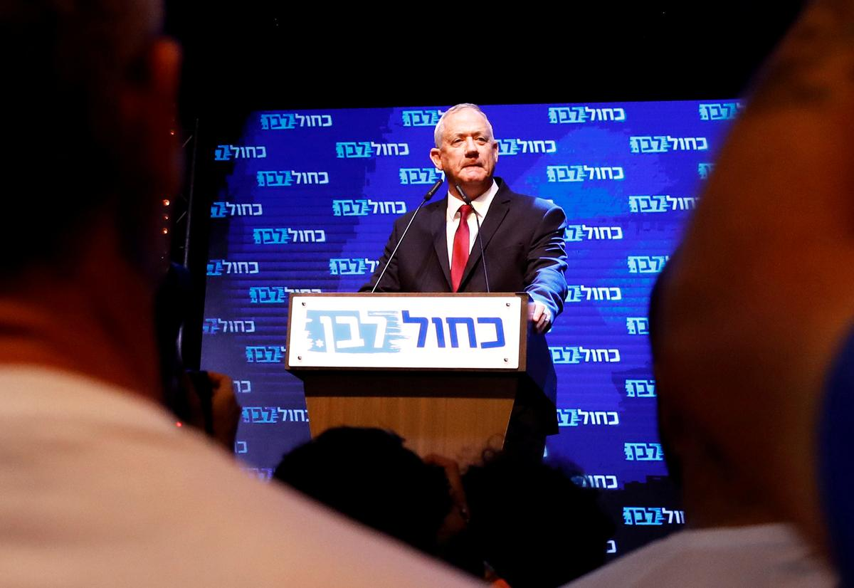 Israel's Netanyahu teetering in close election race: polls