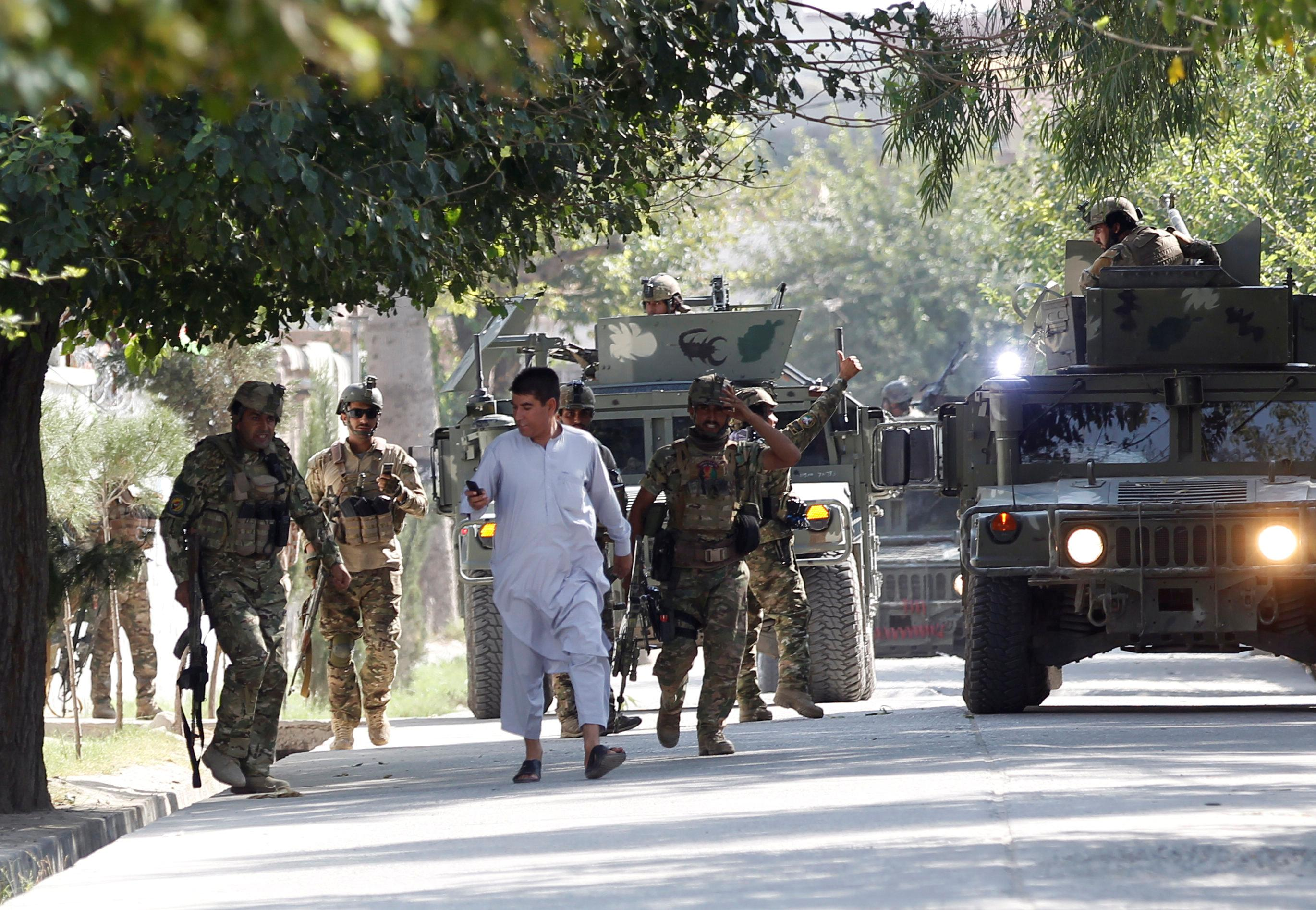 Suicide bomber and gunmen hit eastern Afghanistan government office