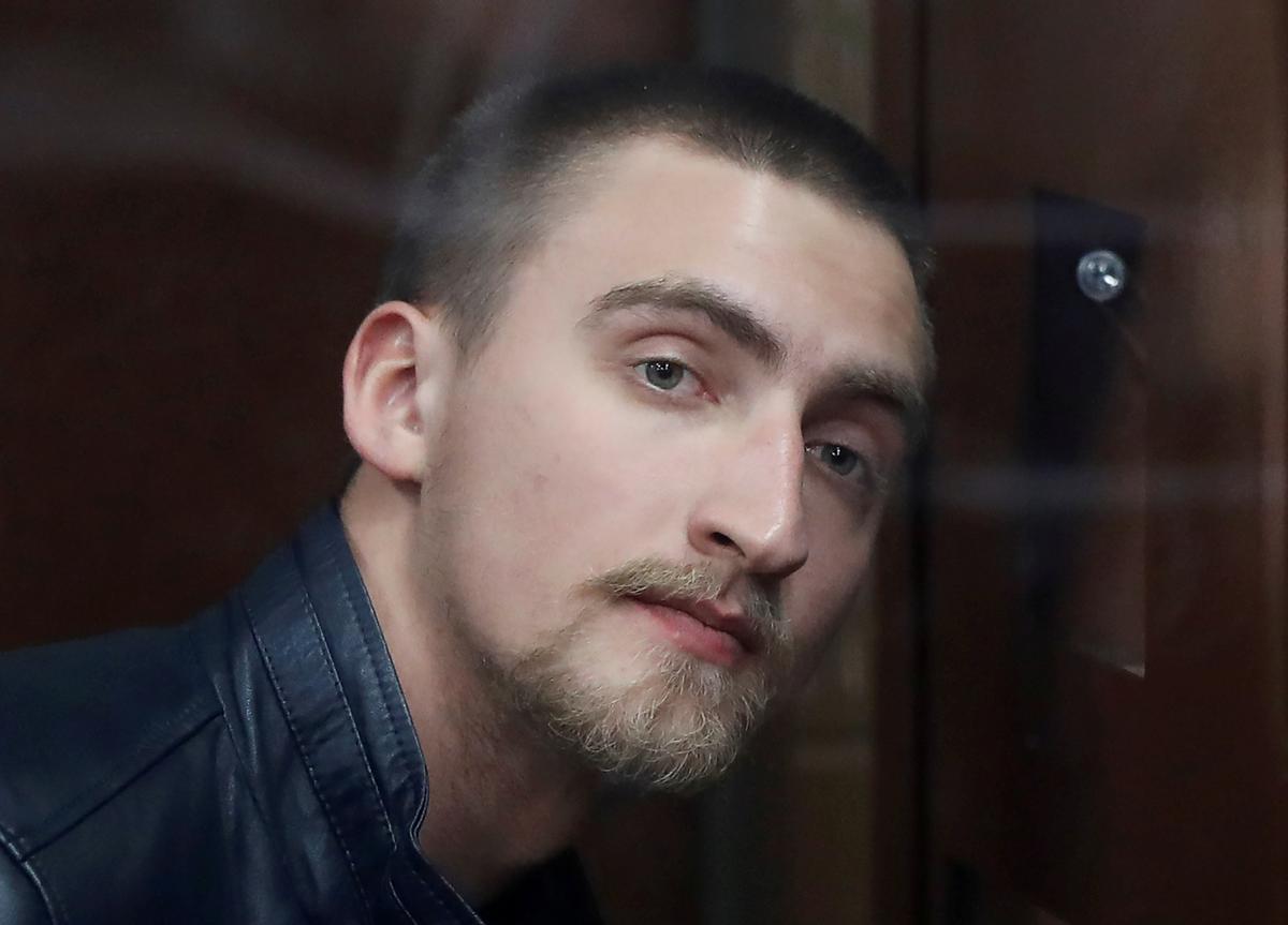 Russiese hof sal dit oorweeg om die akteur vry te laat ná uitroep