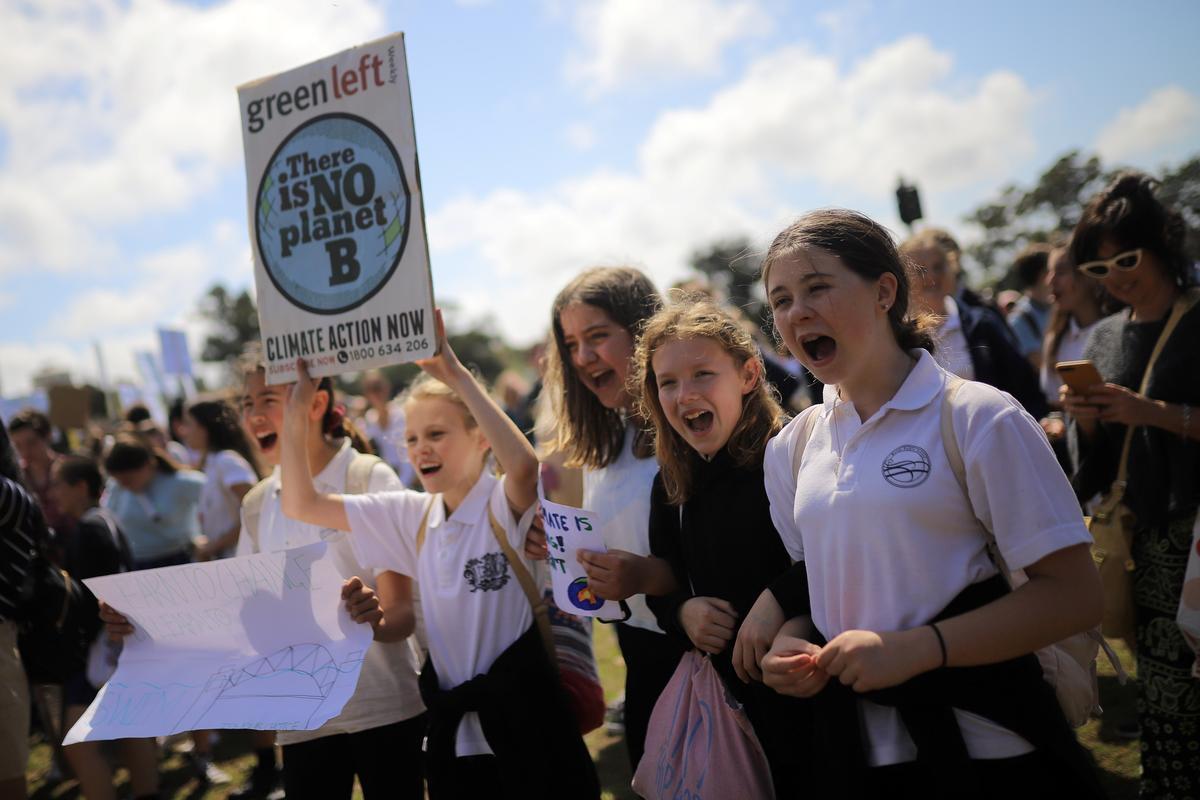 Australiese studente begin wêreldwye klimaatsstaking met 'n boodskap aan die regering: Doen jou werk