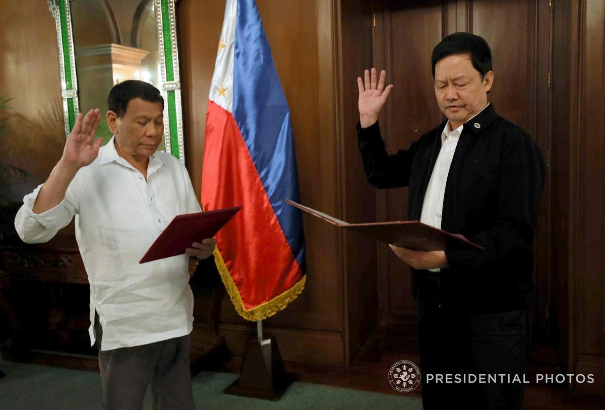Stop die polisie, sê die Filippynse minister, aangesien skatte wat begroot word misdade opspoor