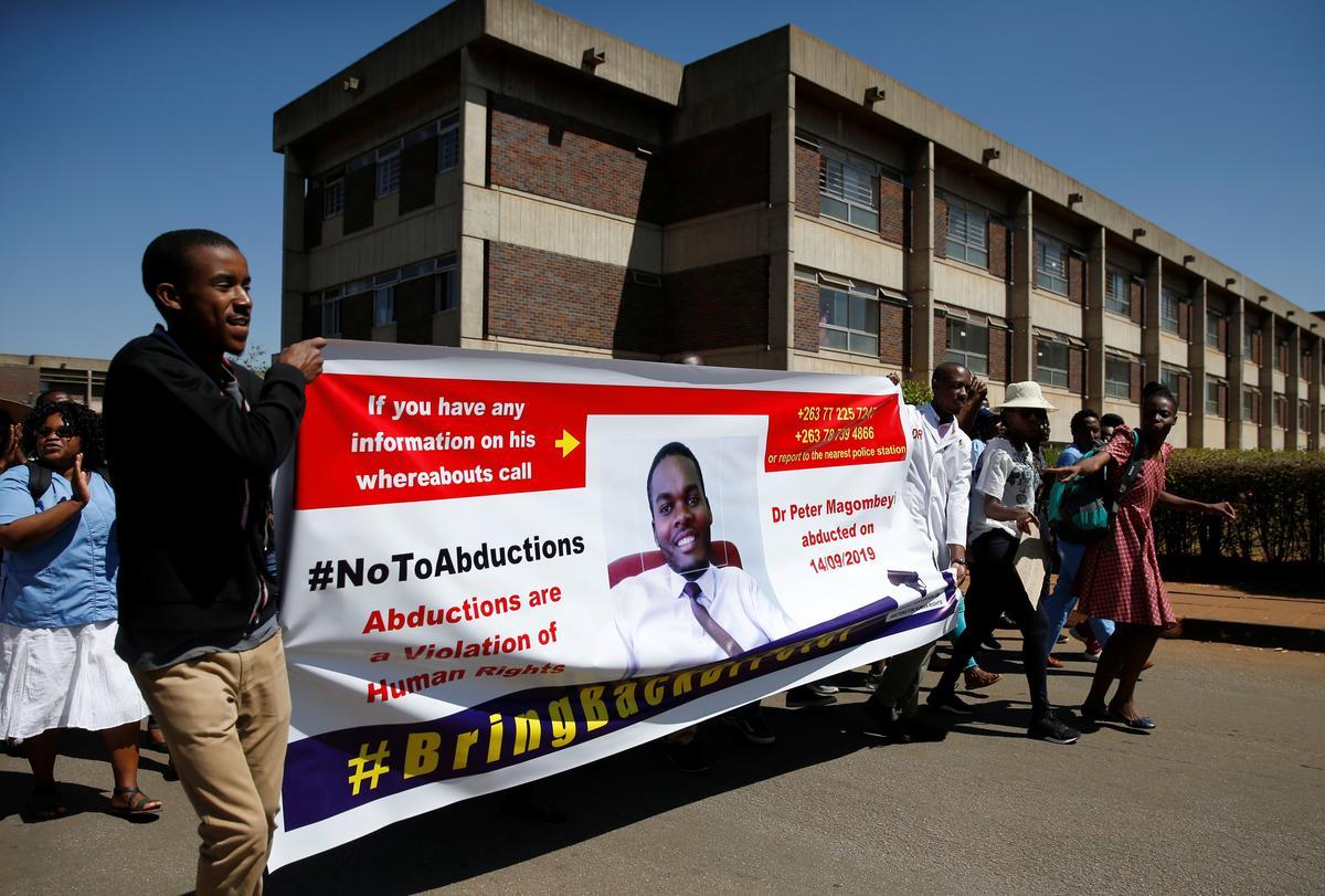 Vermiste dokter in Zimbabwe het bevind, maar betaal staking om voort te gaan: unie