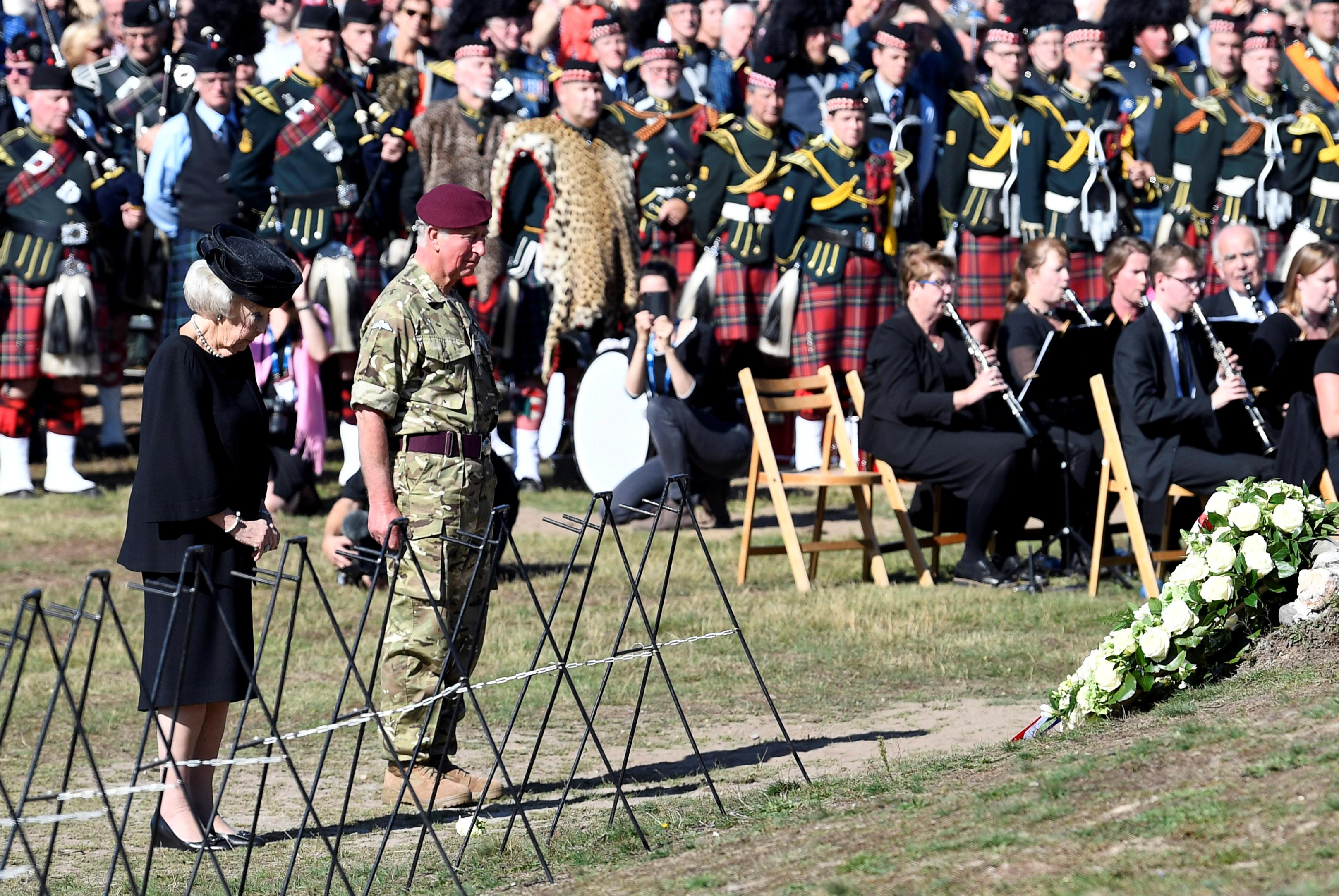 A bridge too far: Dutch and British commemorate Operation Market...
