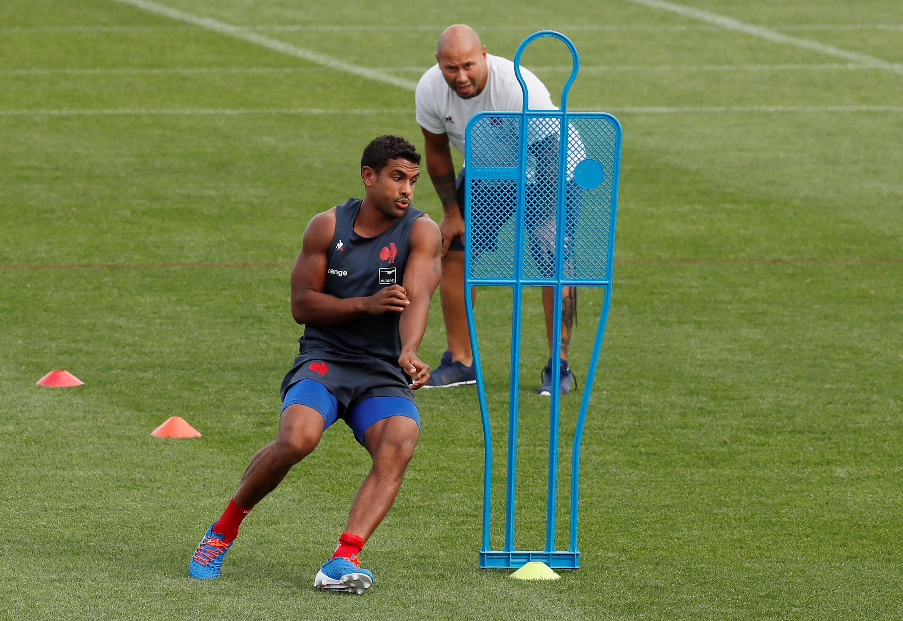 France's Fofana ruled out of World Cup with thigh injury
