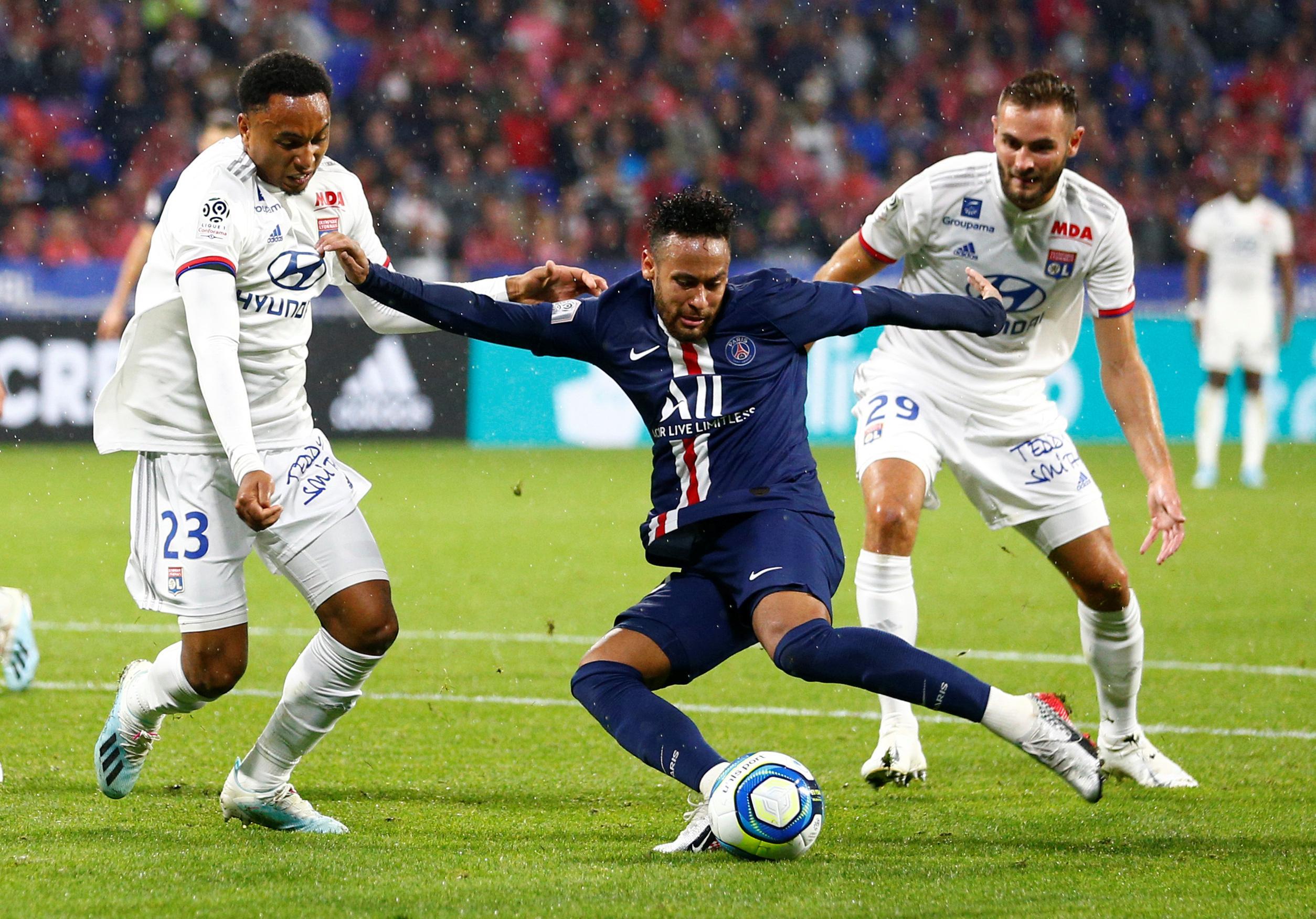 Neymar to the rescue again as PSG beat Lyon