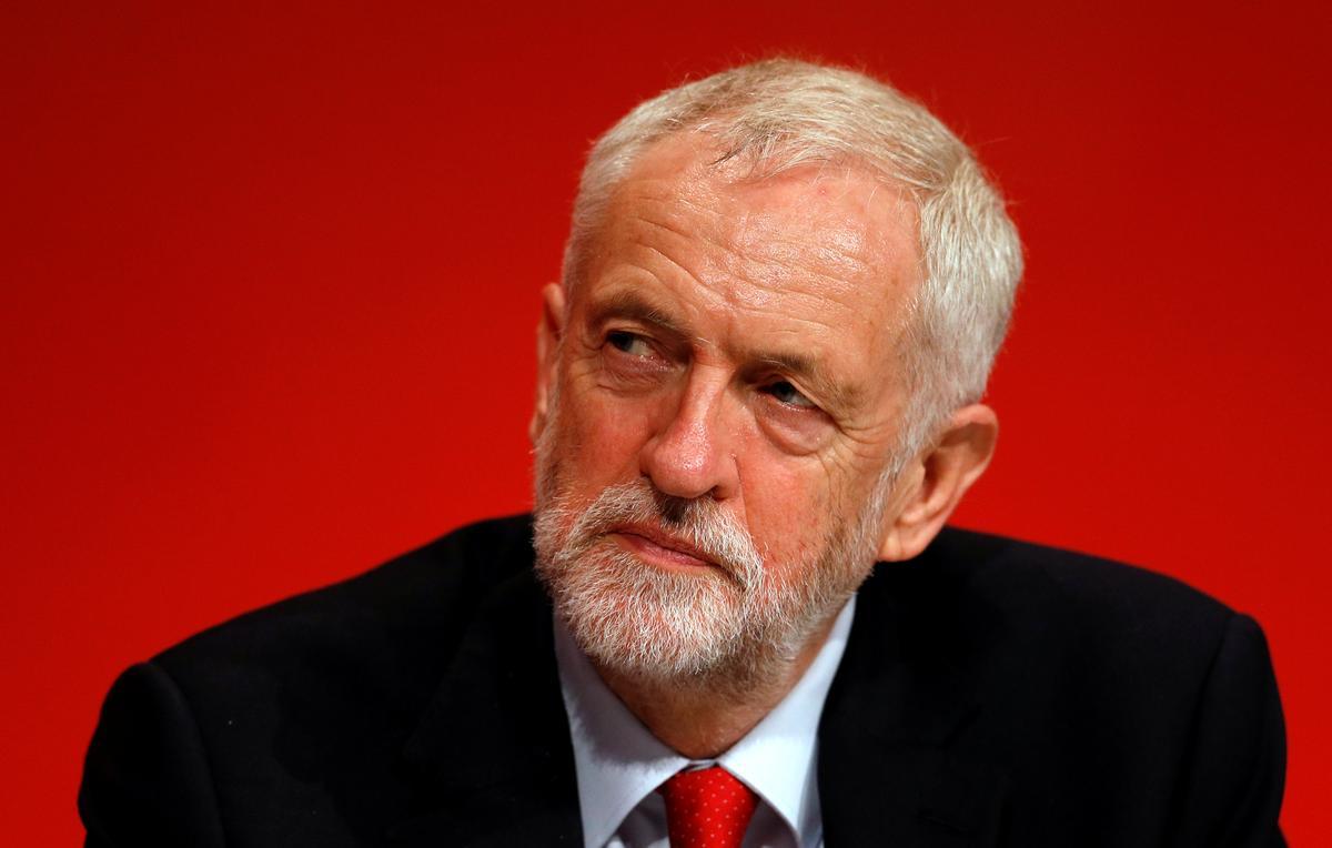 Britain's Labour stem ten gunste van Corbyn se Brexit-houding