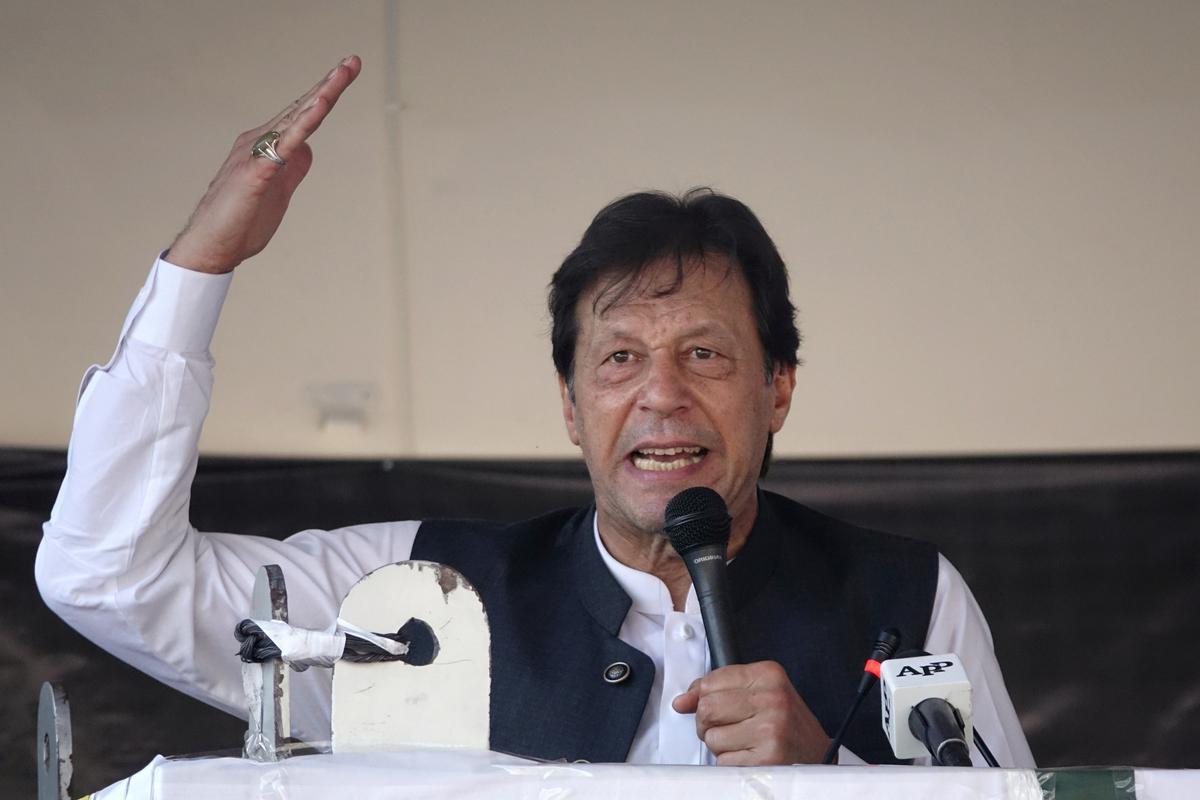 Trump hoop dat Indië en Pakistan 'op Kashmir' bymekaarkom, vra Khan om Amerikaanse hulp
