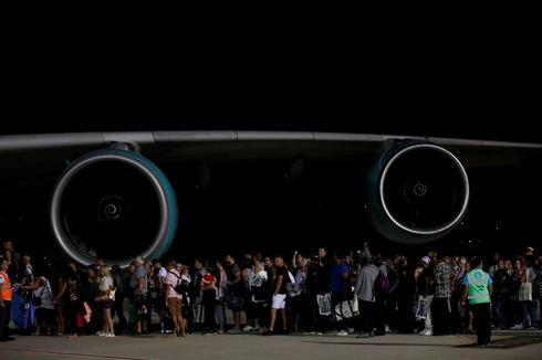 Thomas Cook collapse strands hundreds of thousands of tourists