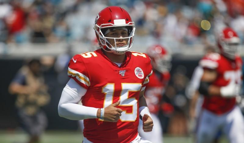 Aikman bristles at unflattering comparison to Mahomes