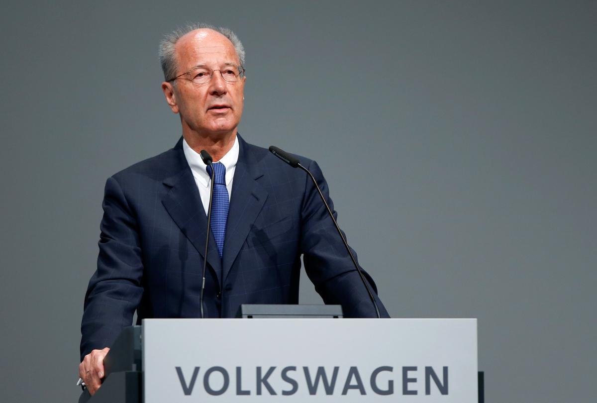 VW bestuur, werkers ondersteun topbestuurders ondanks beskuldiging