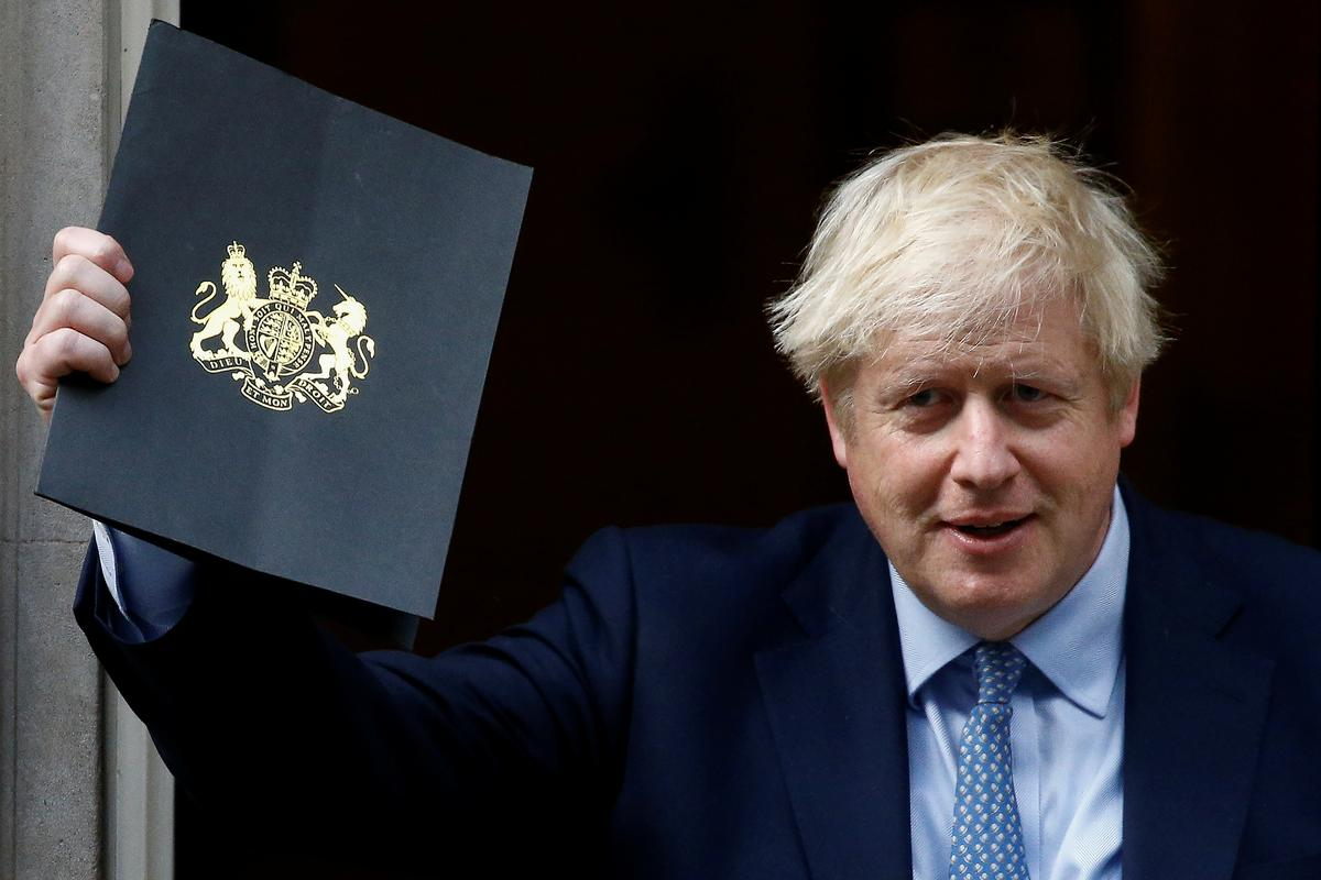 Of val my om, of laat ek Brexit aflewer: premier Johnson het die parlement gesê