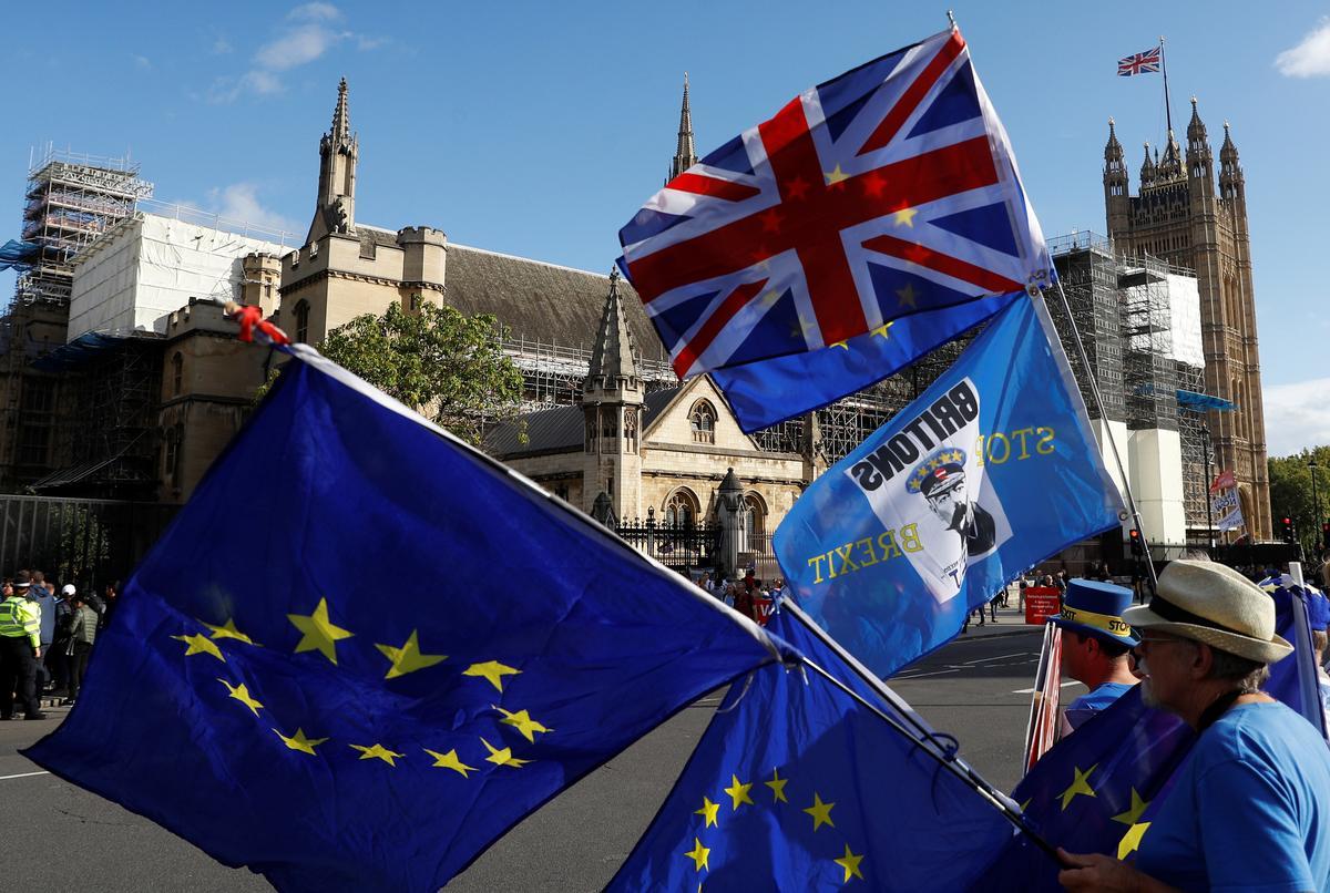 Britse regering beplan kort skorsing van die parlement voor 14 Oktober Queen's Speech: Sky