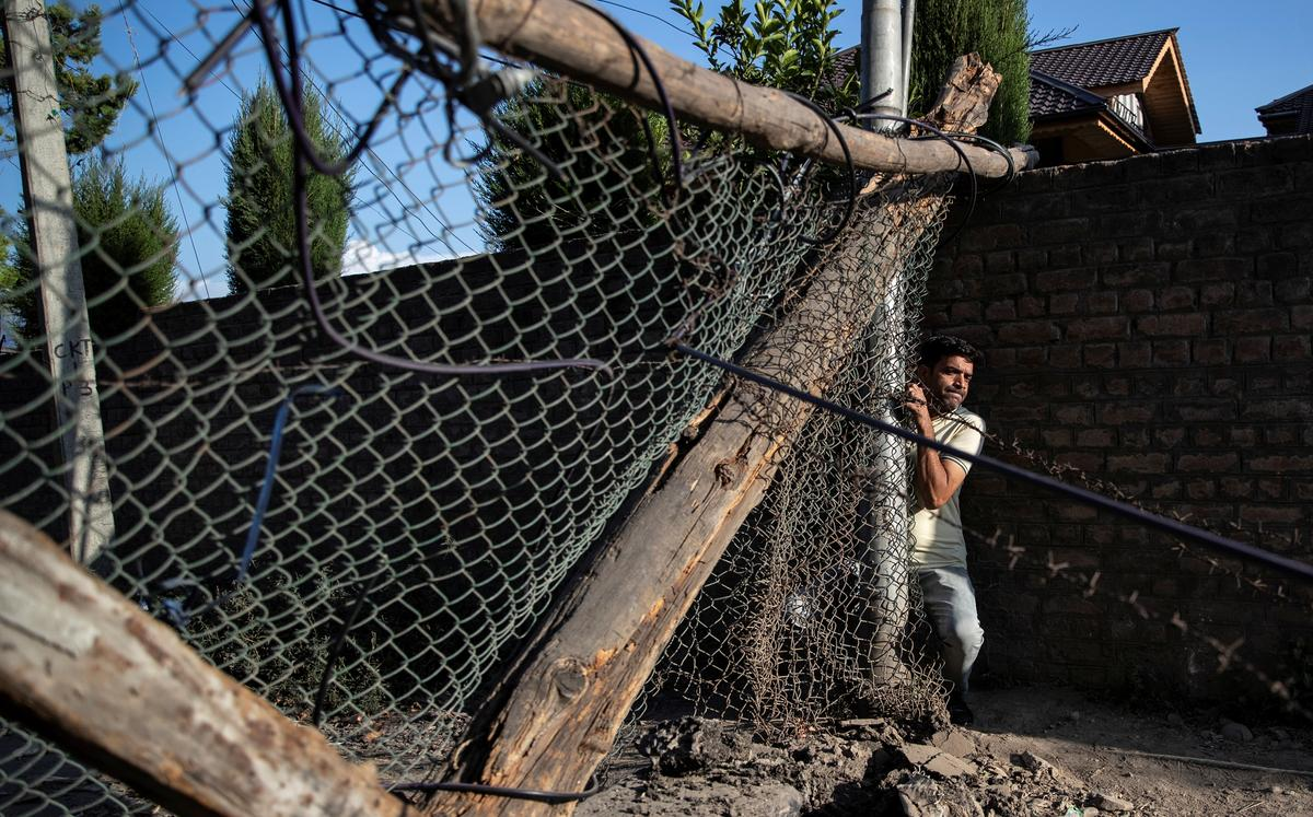 Barricades en boeke: die lewe in die rustige buurt Kashmir