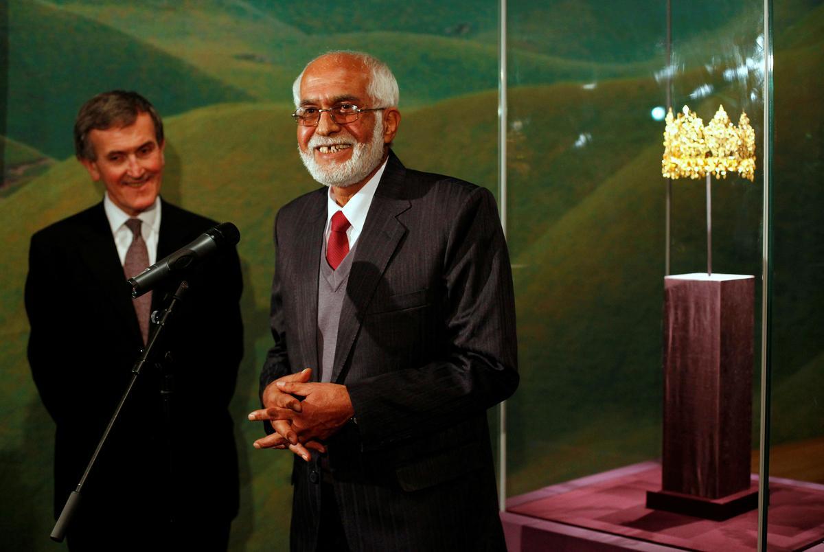 Generasies van Afgane, gesamentlik deur oorlog, soek troos om te stem