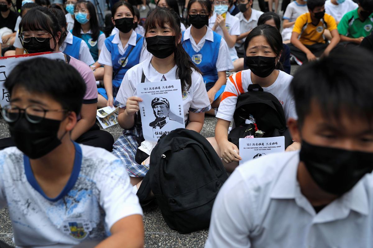 Die polisie in Hongkong verwag 'gewelddadige aanval' op 'n sensitiewe Chinese herdenking