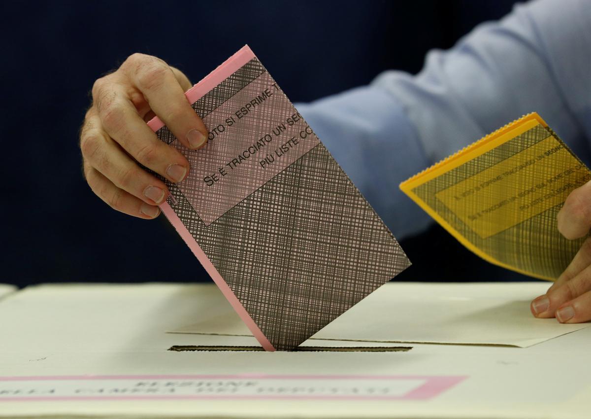 Italië se regerende partye vra dat die stemouderdom tot 16 verlaag word