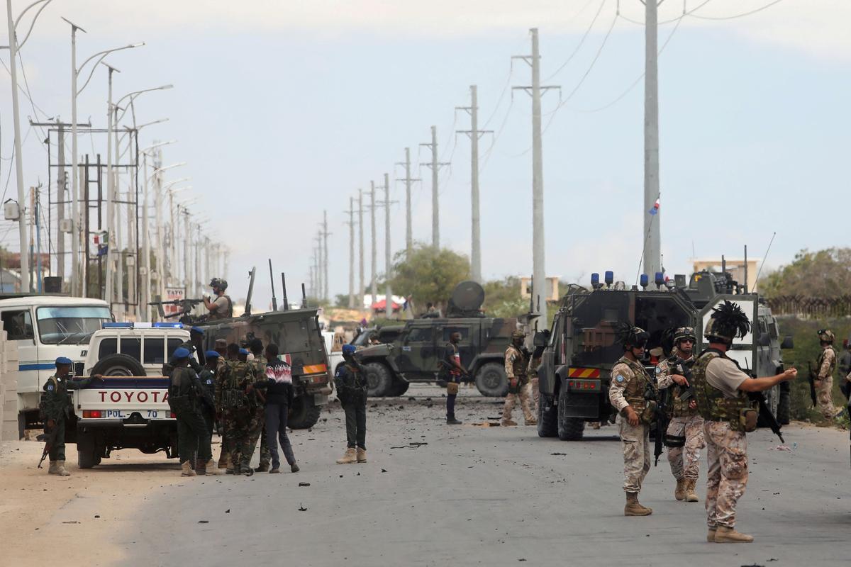 Somaliese kommando's, Amerikaanse lugaanval stoot Islamitiese oproerige aanval af