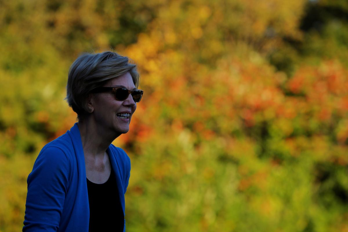 Democratic presidential contender Warren outlines proposed 'lobbying' tax
