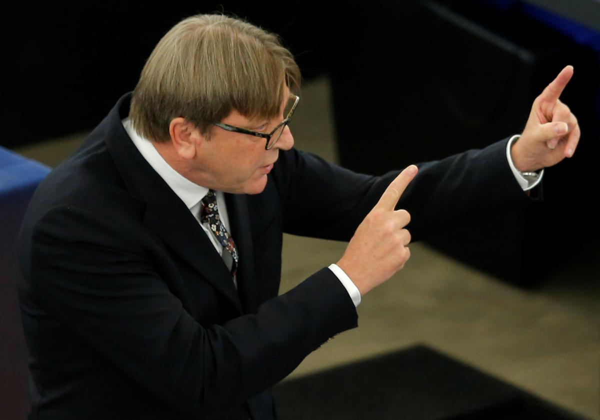 Verhofstadt van die EU sê die eerste reaksie op die Britse voorstelle 'nie positief' nie