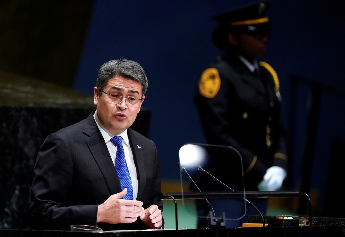 Die Amerikaanse aanklaer sê dat Hondurese president die dwelmhandel van broer beskerm het