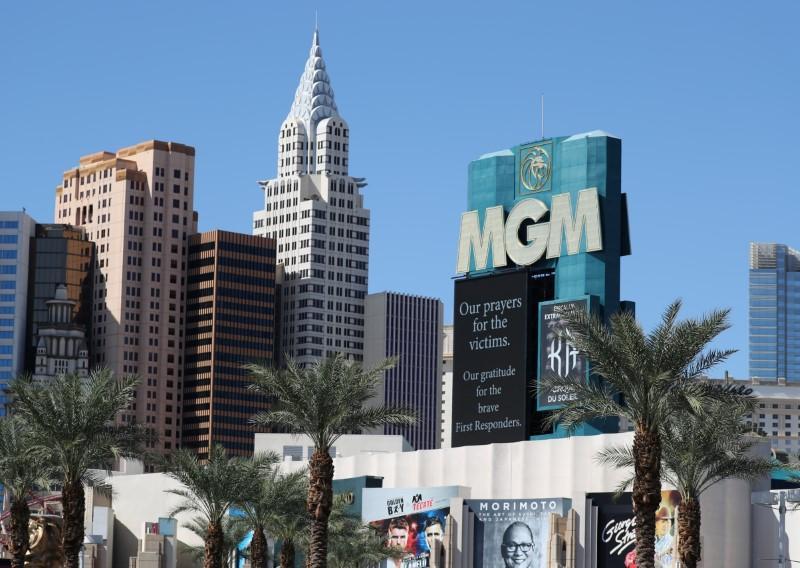 Las Vegas massacre survivors, families reach $735 million...