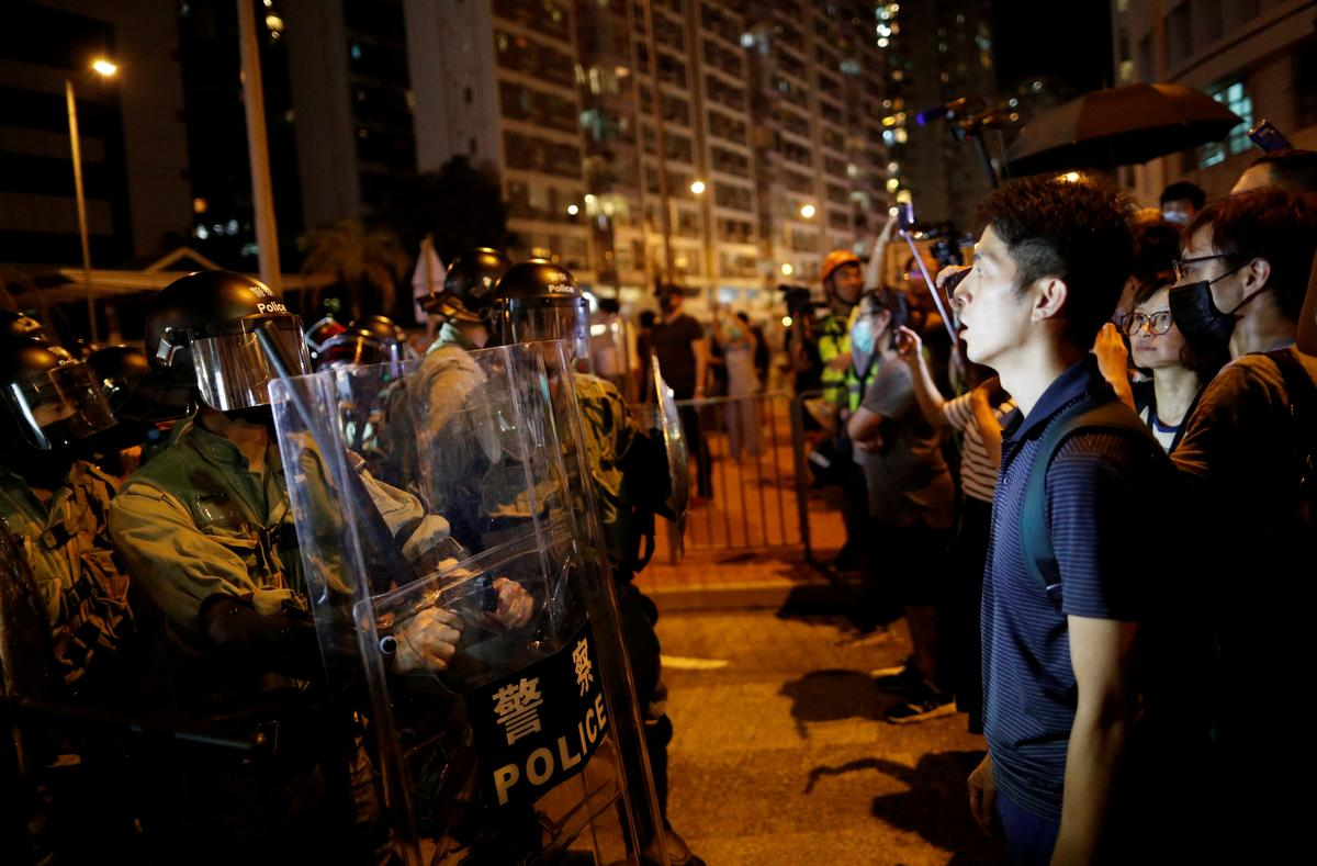 Hong Kong police change guidelines on use of force in protests