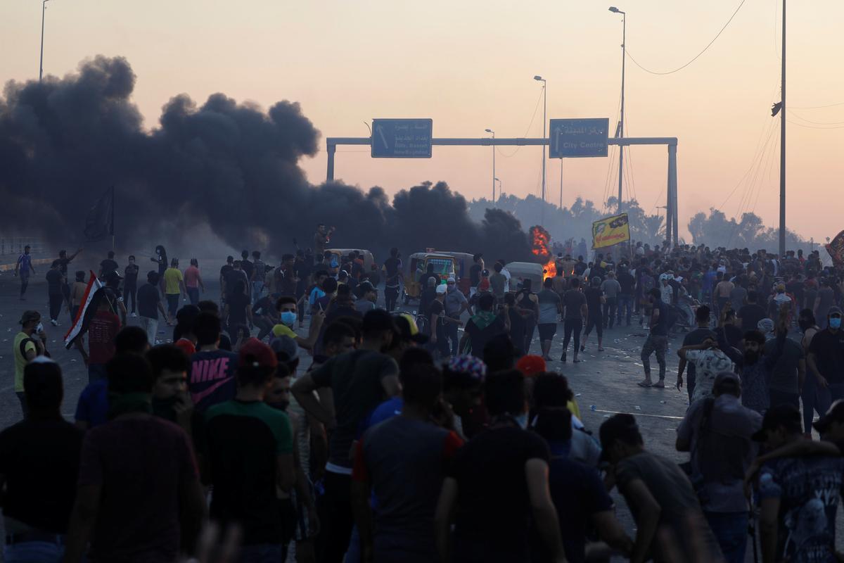 Agt is dood, 15 gewond in 'n nuwe botsing in Irak