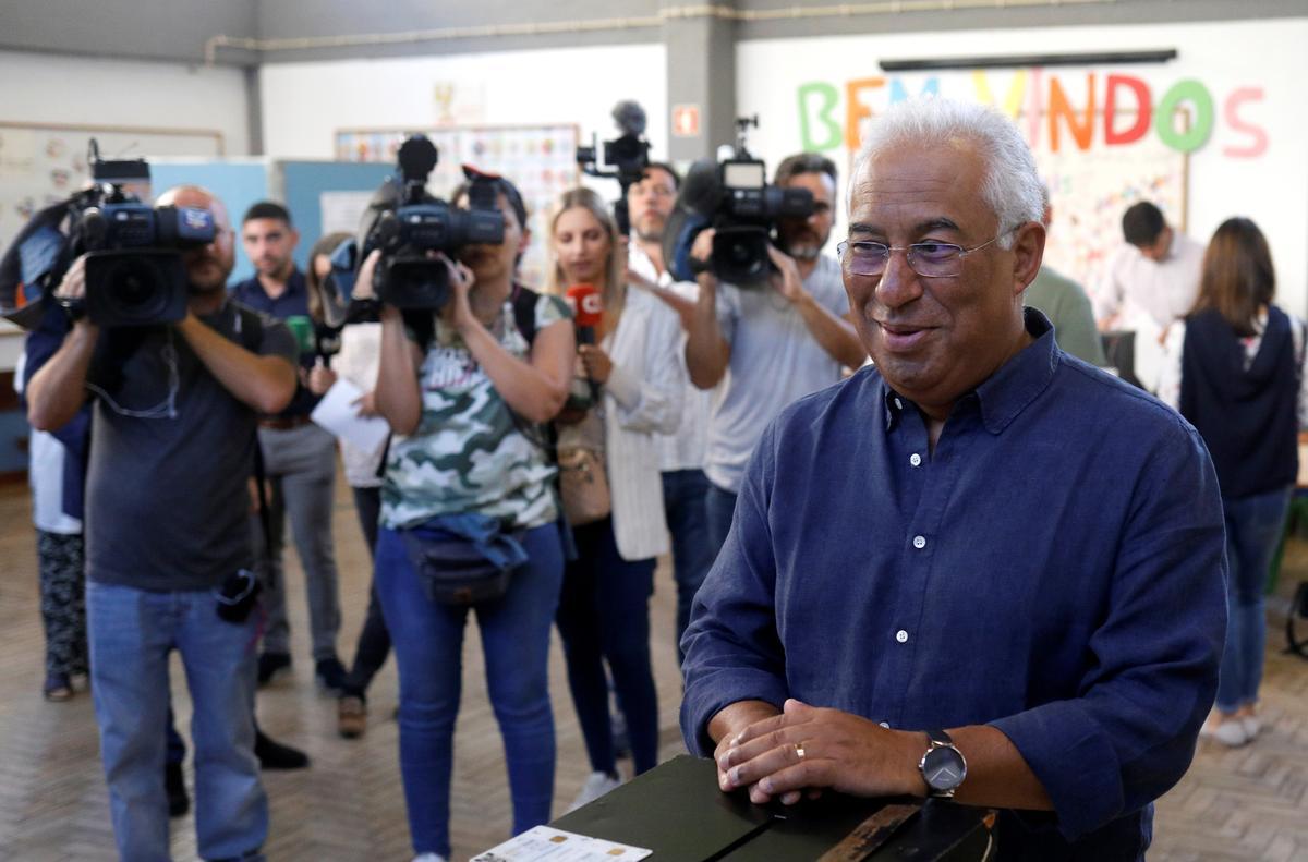 Portugal se regerende sosialiste beweer dat die verkiesingsoorwinning waarskynlik nie die meerderheid is nie
