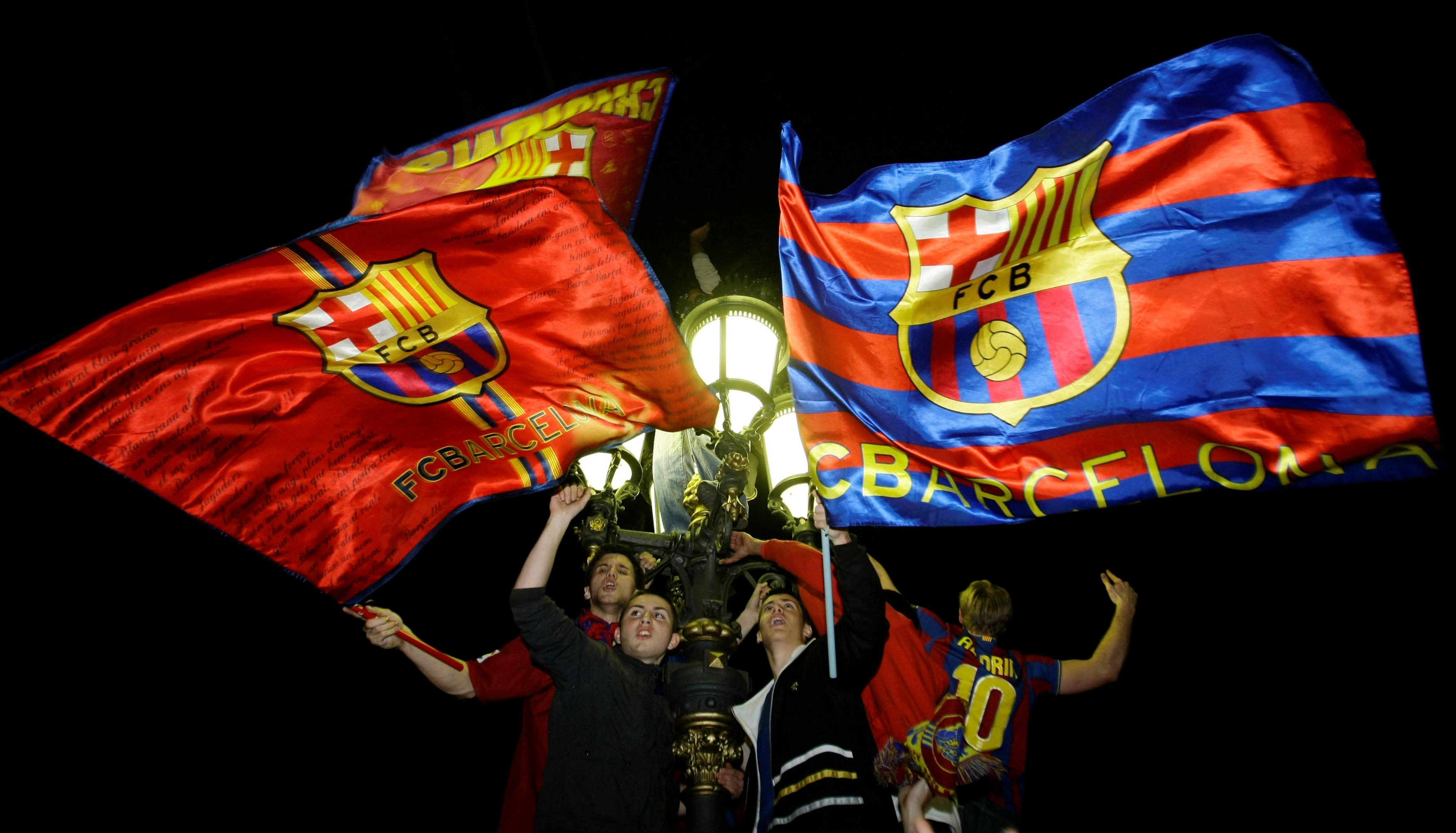 Barcelona members vote to withdraw medals awarded Franco
