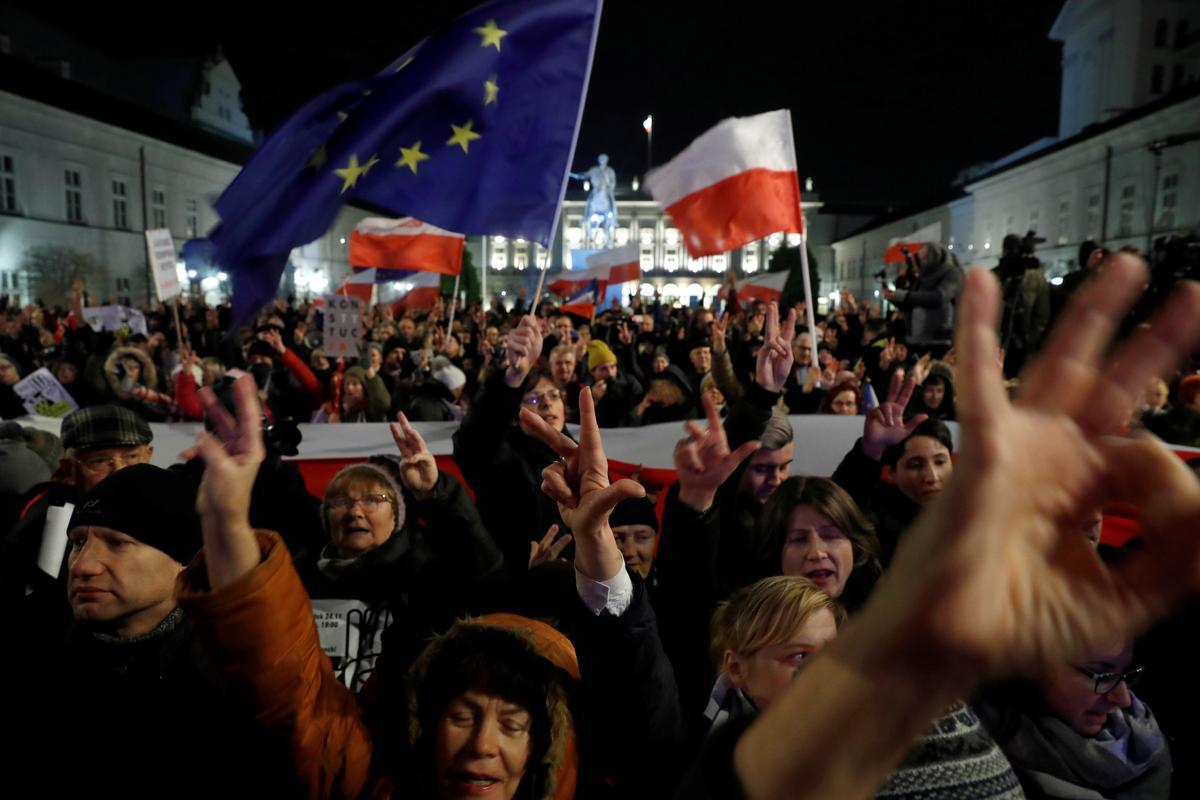 In die stryd om 'morele orde', wen die Poolse nasionaliste die verkiesing