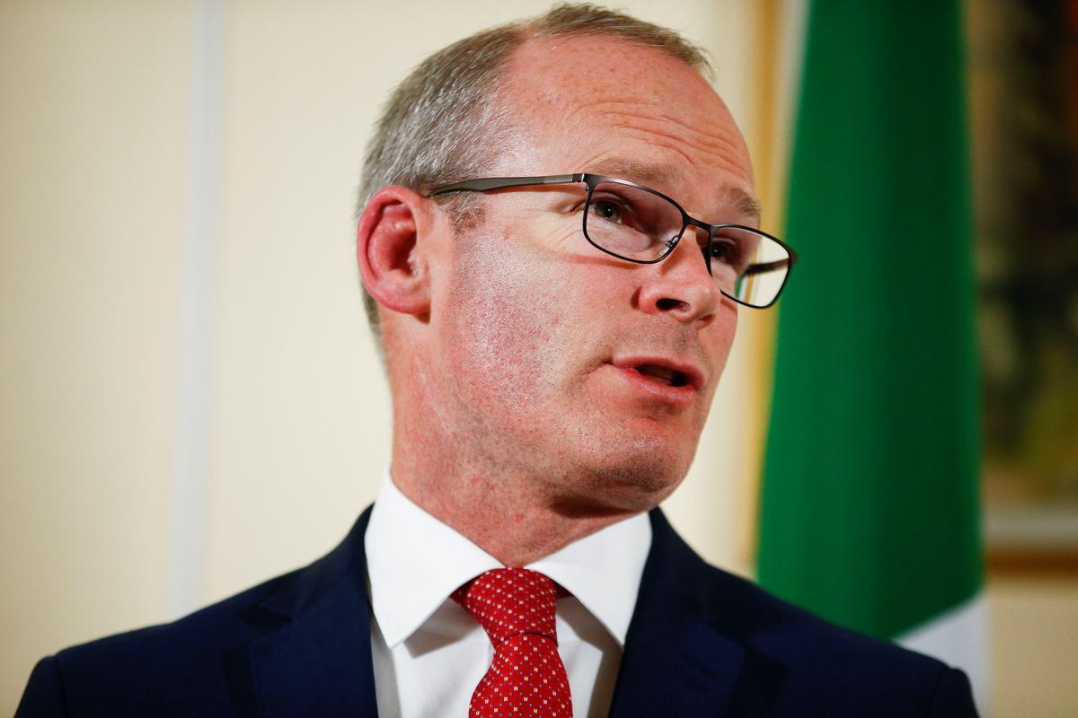 Ierse minister van buitelandse sake ontmoet Barnier vir Brexit-opdatering