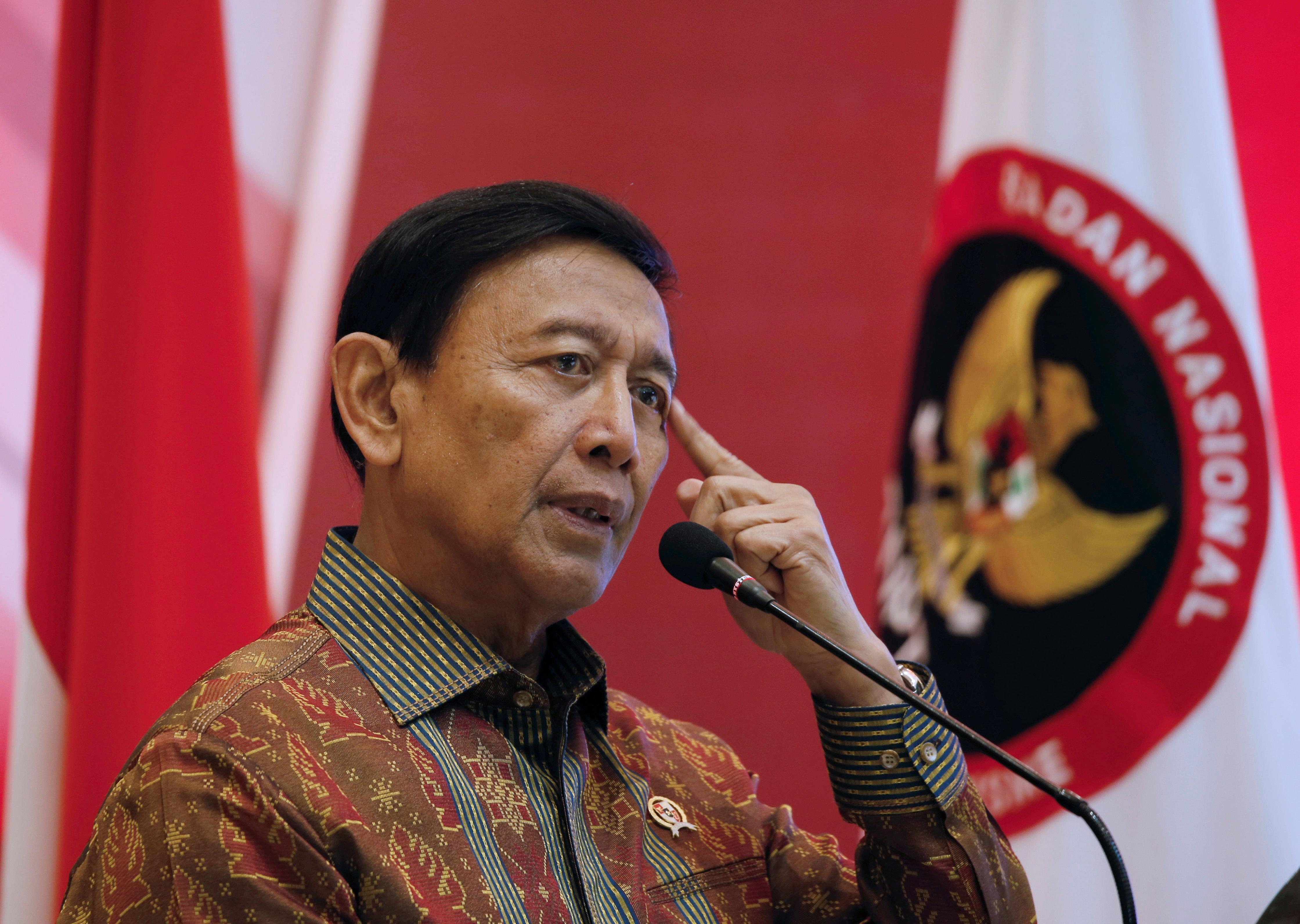 Indonesia minister has surgery after attack by suspected Islamist