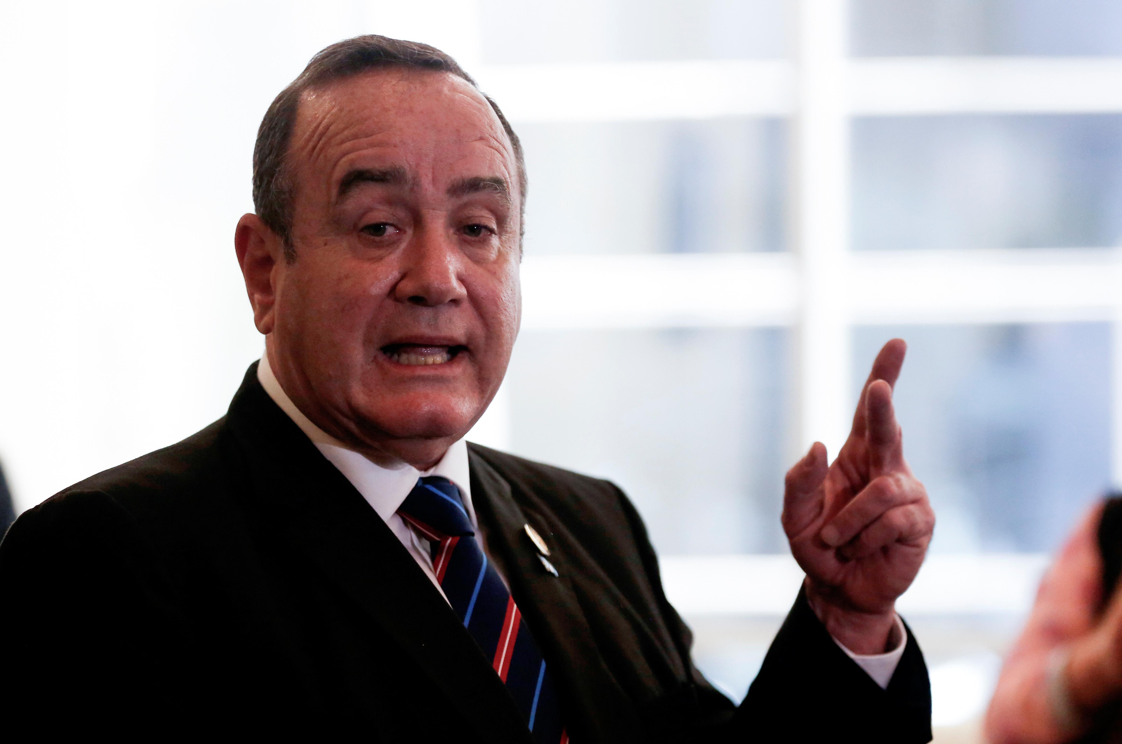 Venezuela denies entry to Guatemalan president-elect, scuppering...
