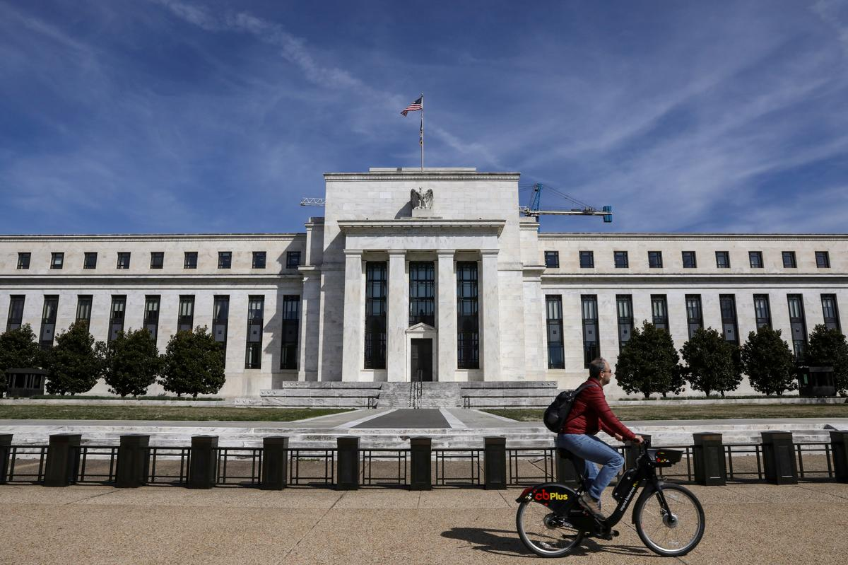In planning for next U.S. recession, economists say, don't fret...