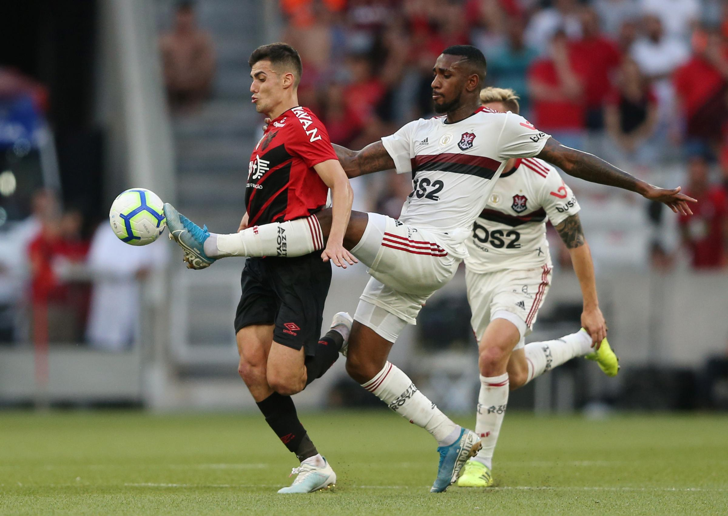 Flamengo win again to stay top in Brazil