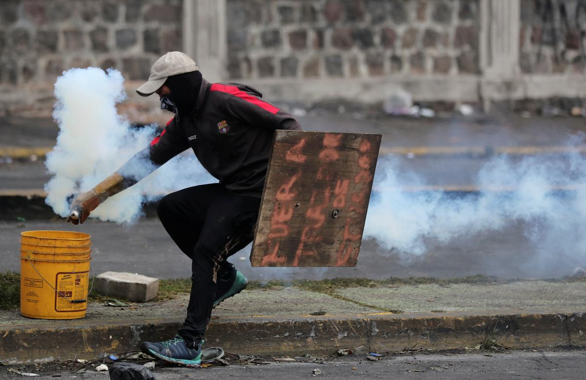 Ecuador's Moreno to repeal fuel subsidy cuts in deal to end protests