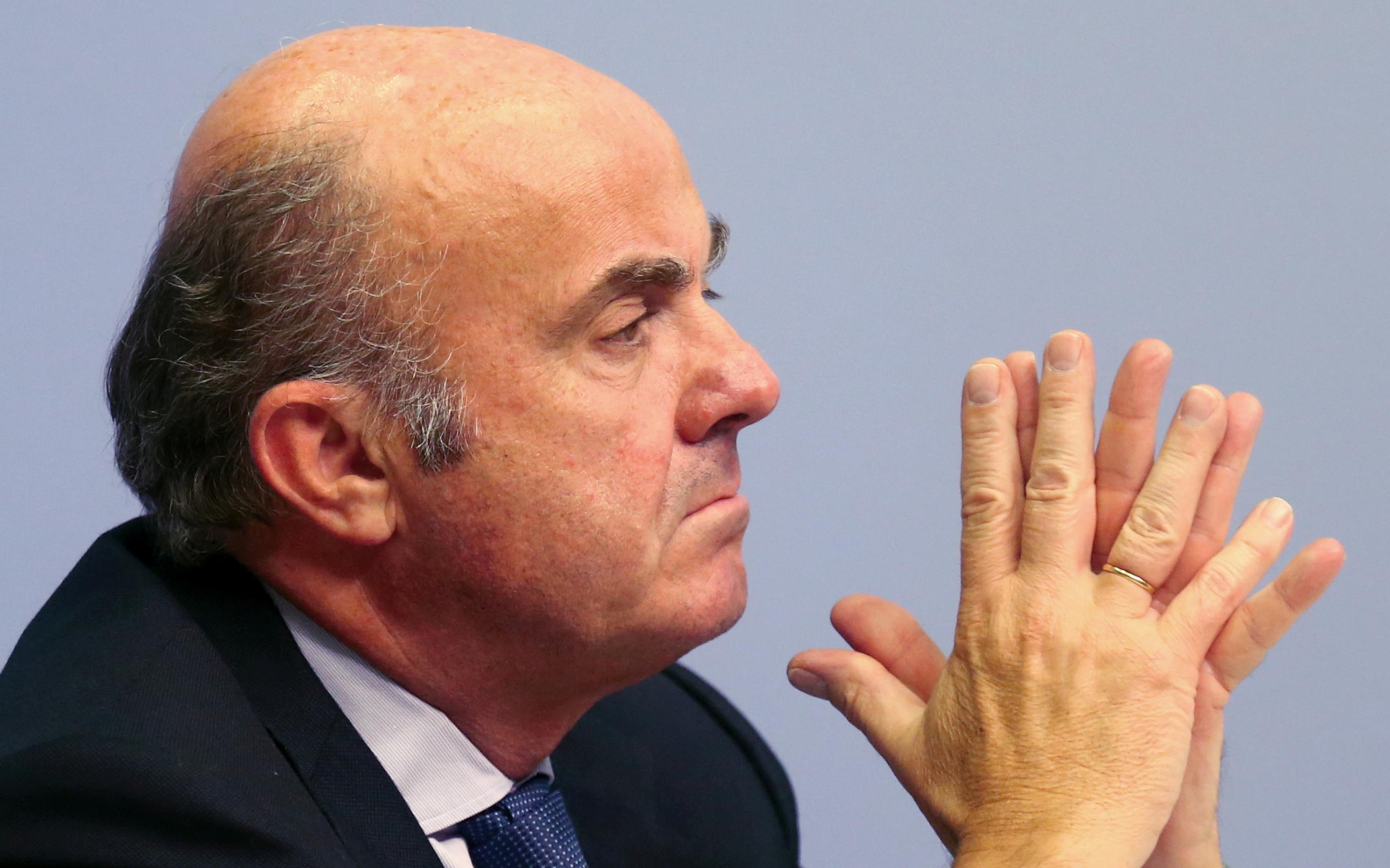 Low valuations hamper bank mergers in Europe: ECB's De Guindos