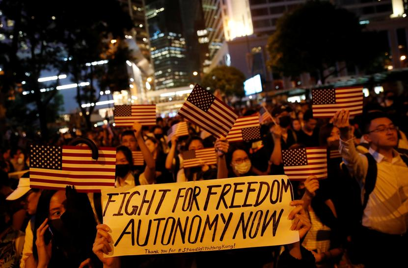 Hong Kong protesters plead for U.S. help