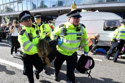 Extinction Rebellion activists defy police ban on London protests