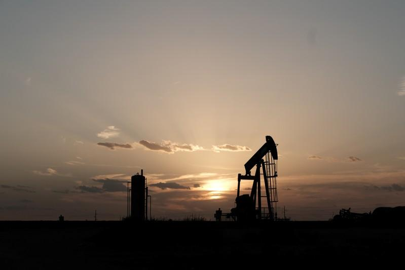 U.S. oil output from 7 shale plays expected at 8.97 million barrels...
