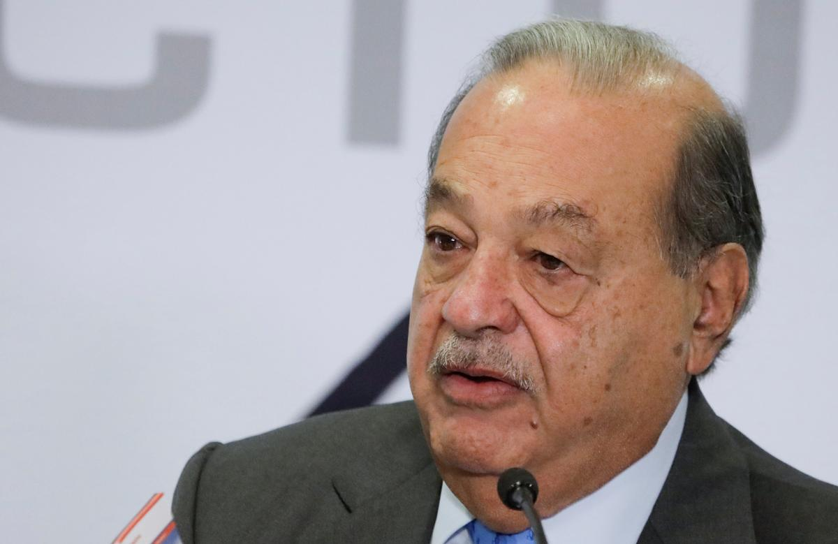 Mexican president says 'many projects' ahead, lauding billionaire...