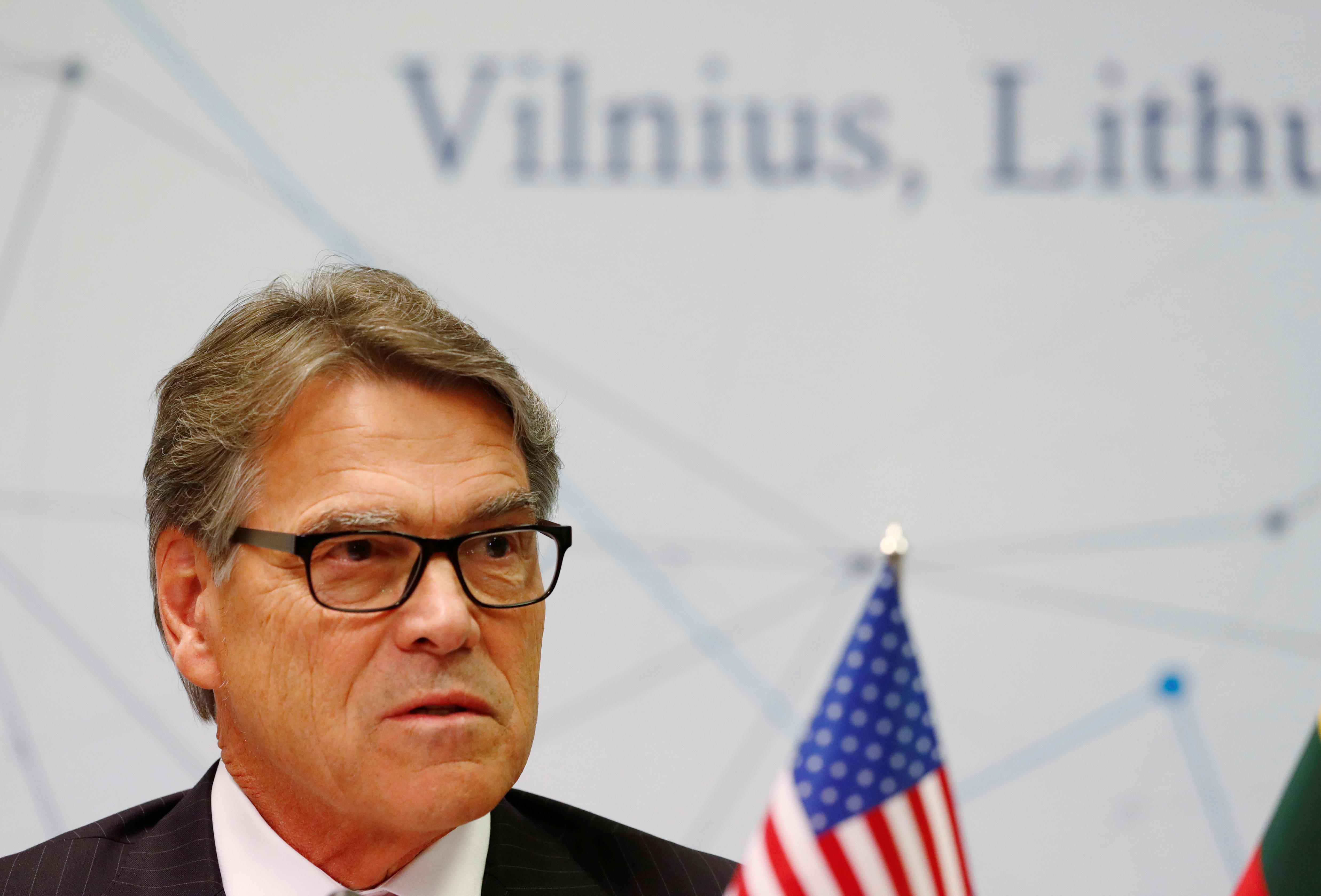 U.S. energy chief says departure has 'absolutely nothing' to do...